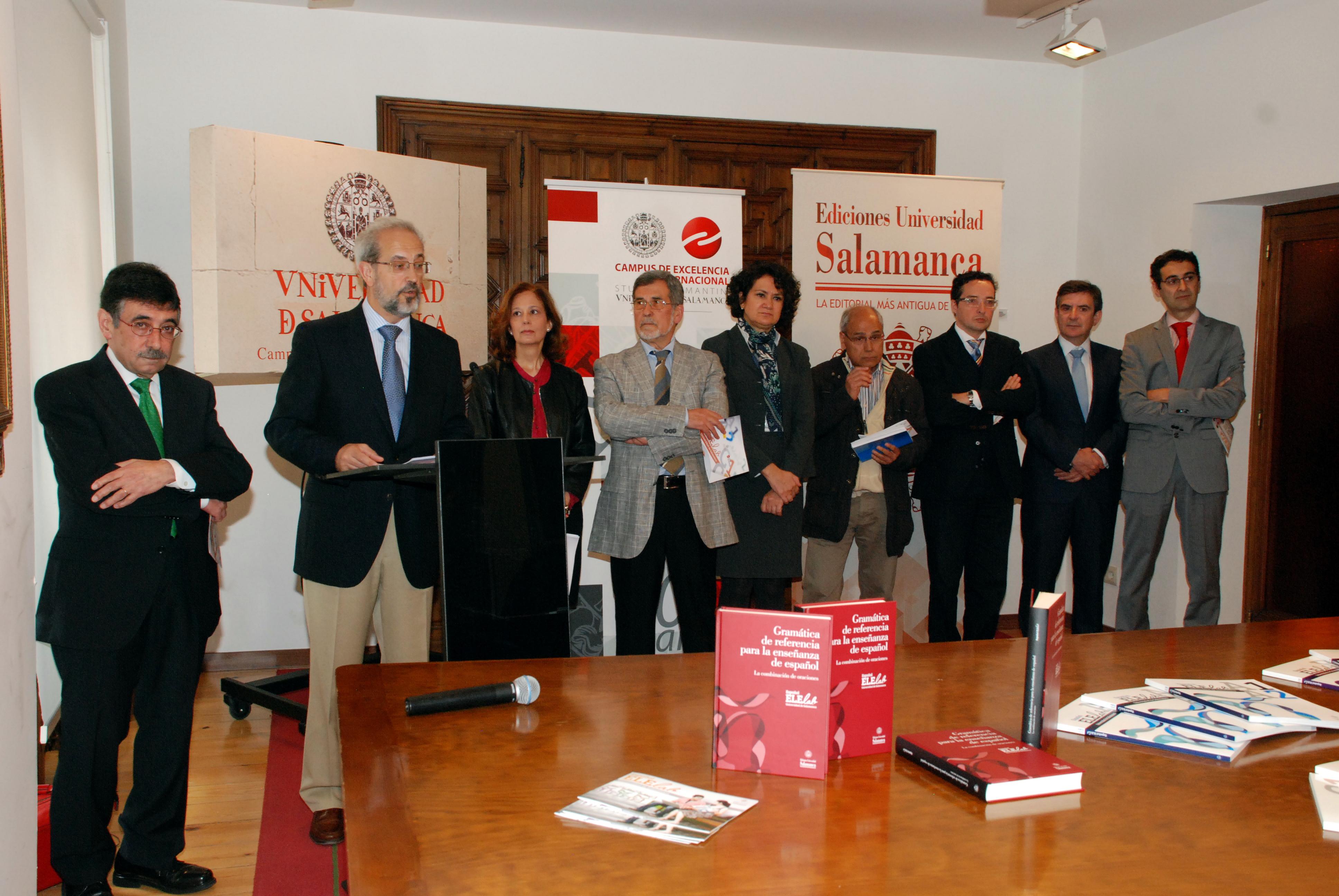 El rector presenta el proyecto didáctico para la enseñanza del español como lengua extranjera de 'Español ELElab Universidad de Salamanca'