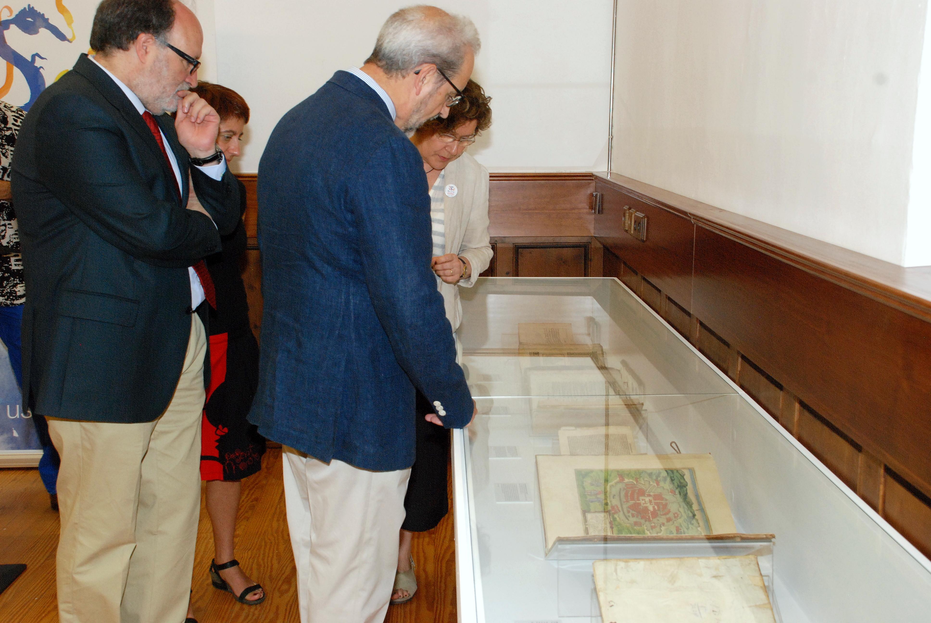 La Universidad de Salamanca reúne en una exposición las primeras obras cartográficas e históricas sobre la conquista de América