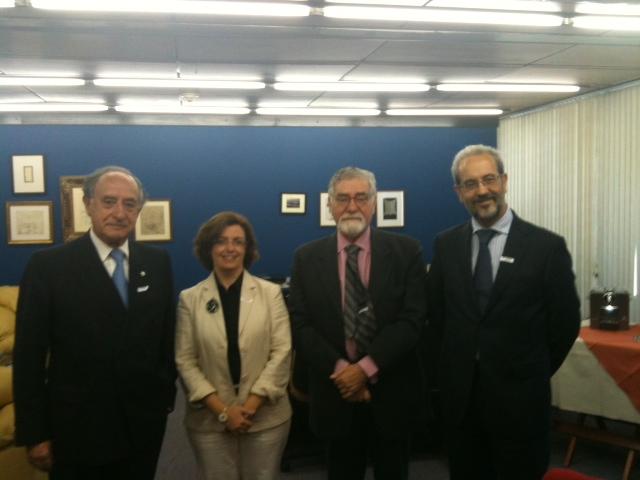 El rector suscribe en Brasil convenios de colaboración para impulsar la creación de equipos de investigación de excelencia internacional