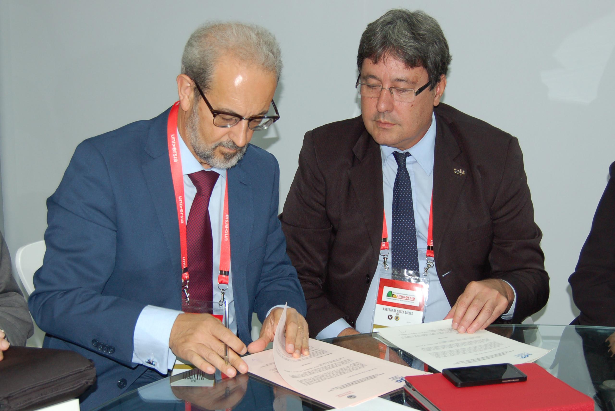 La Universidad de Salamanca suscribre un convenio con la Universidad Federal Fluminense