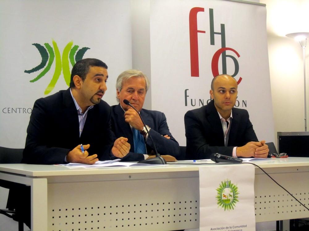 Firma de convenio entre el Centro de Estudios Brasileños y la Asociación de la Comunidad Brasileña de Salamanca