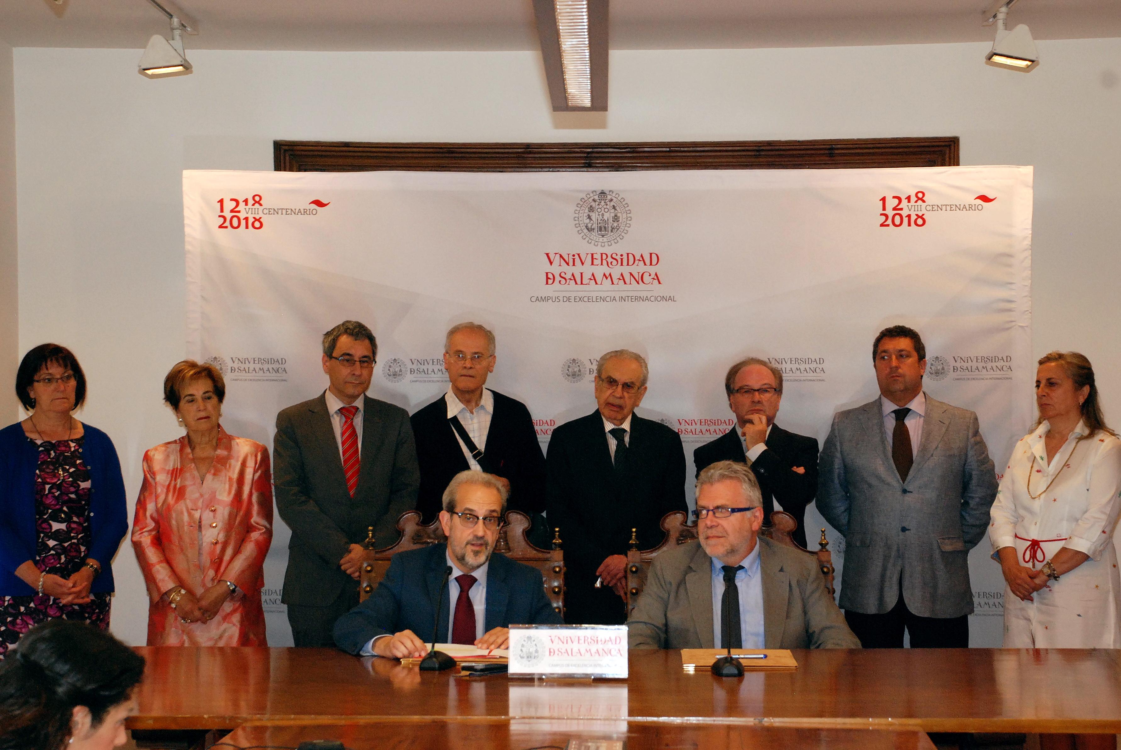 La colaboración entre la Universidad de Salamanca y el CLPU permitirá la rehabilitación del retablo mayor de la Capilla de San Jerónimo