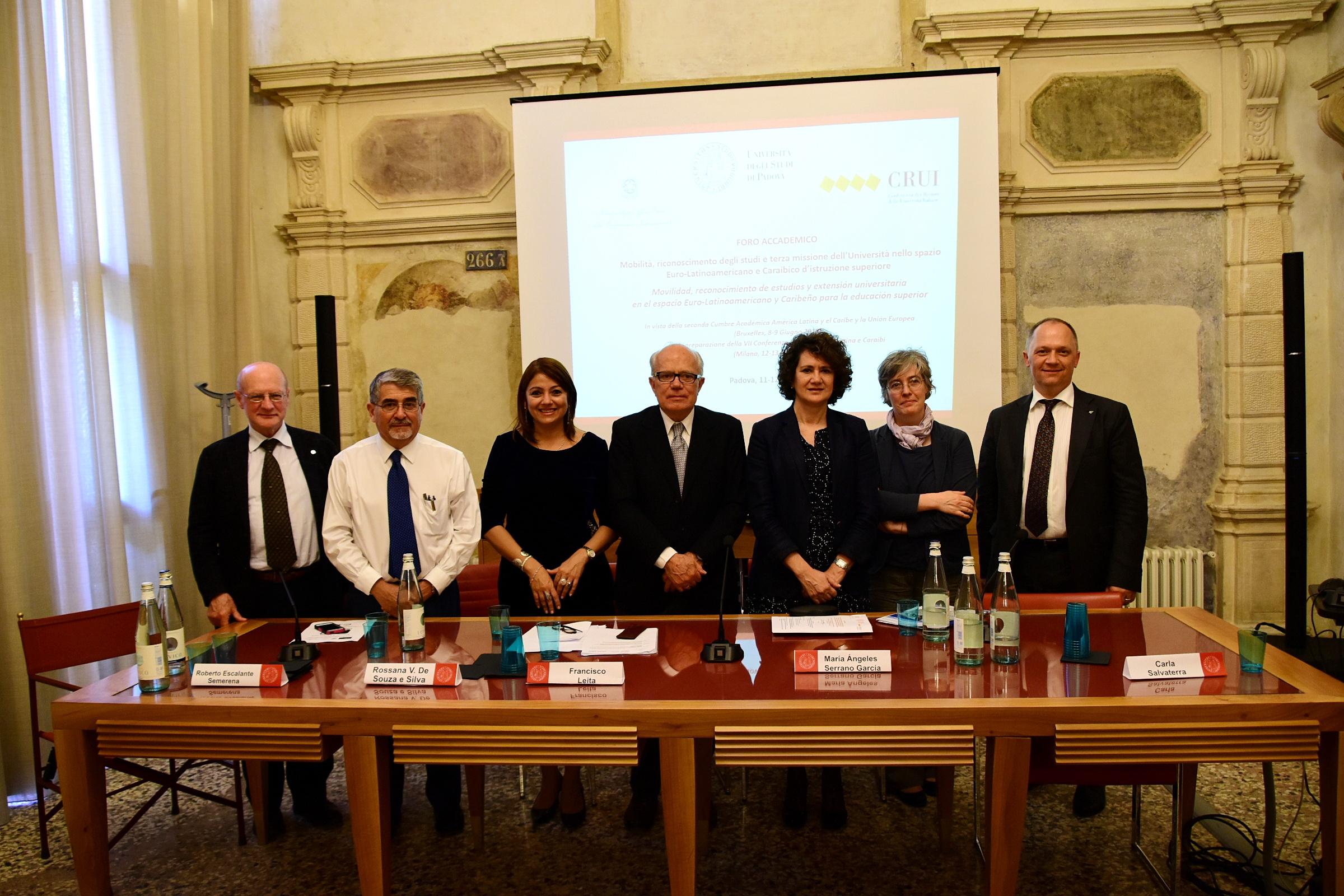 Mª Ángeles Serrano, vicerrectora de Internacionalización, asiste en Italia al foro académico del espacio euro-latinoamericano de educación superior