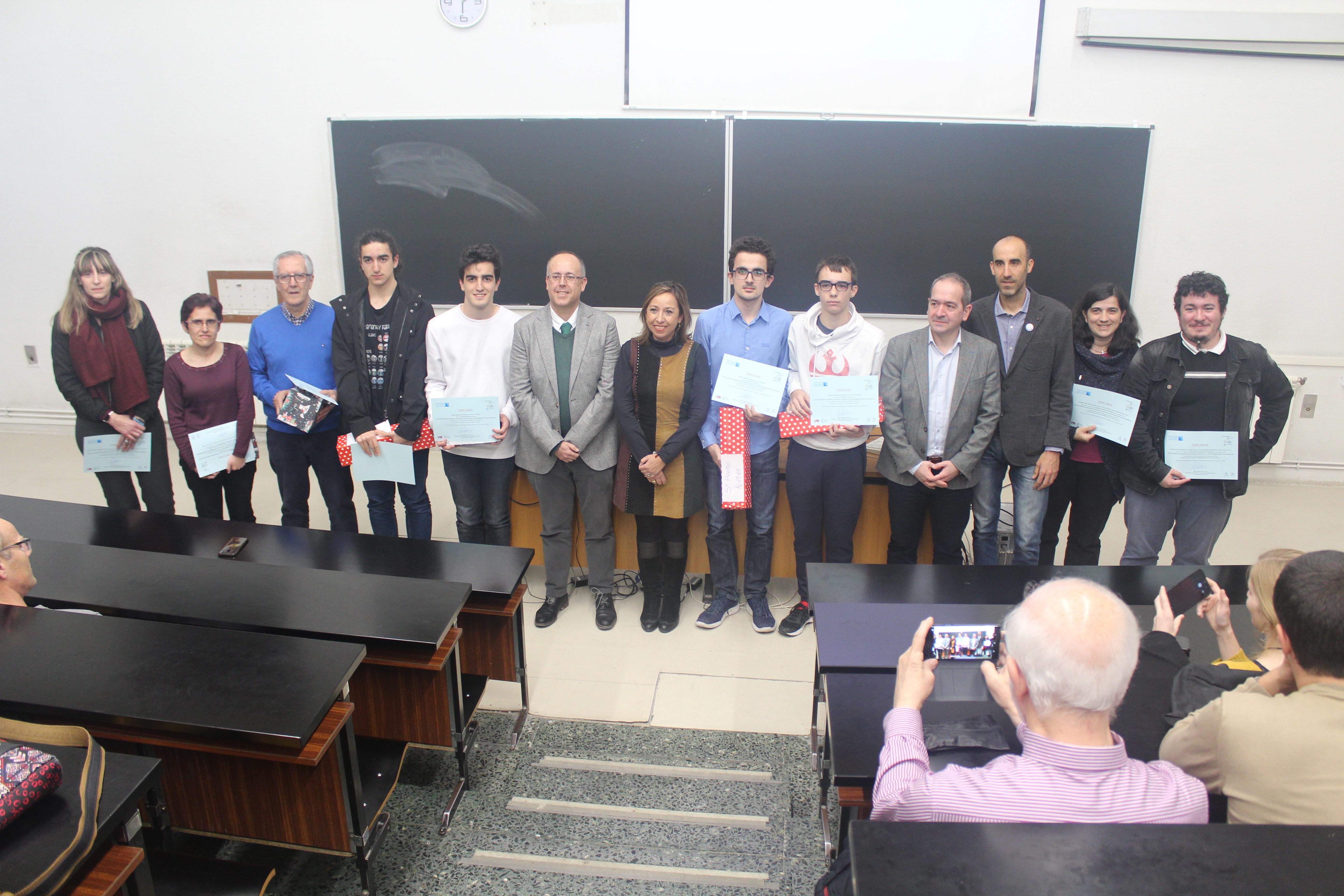 La Facultad de Ciencias acoge la entrega de premios de la fase local de la XXXI Olimpiada de Física para estudiantes de bachillerato