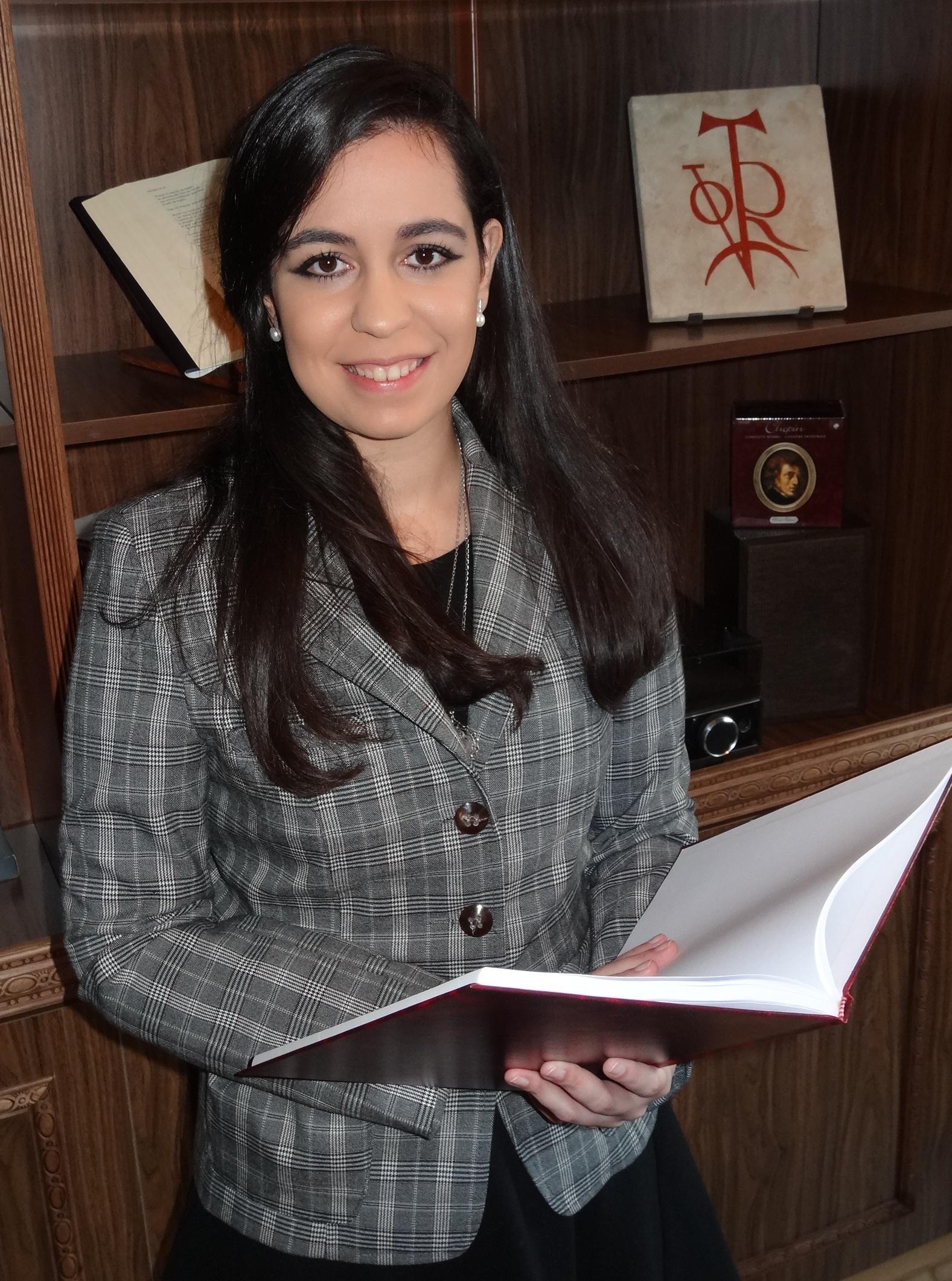 Virginia Sánchez, del Centro de Estudios de la Mujer de la USAL, premiada con el accésit del XXVIII Premio Internacional de Investigación Victoria Kent
