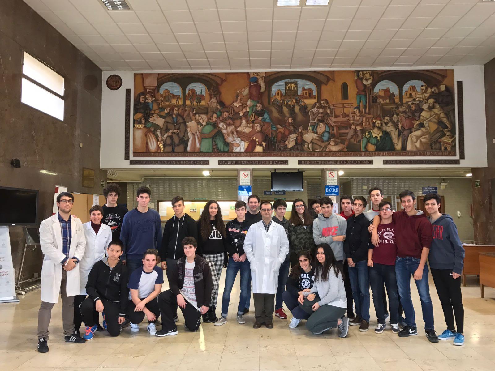 El Servicio de Difracción de Rayos X de la USAL y la Fundación Salamanca Ciudad de Cultura y Saberes promueven la vocación científica entre los jóvenes