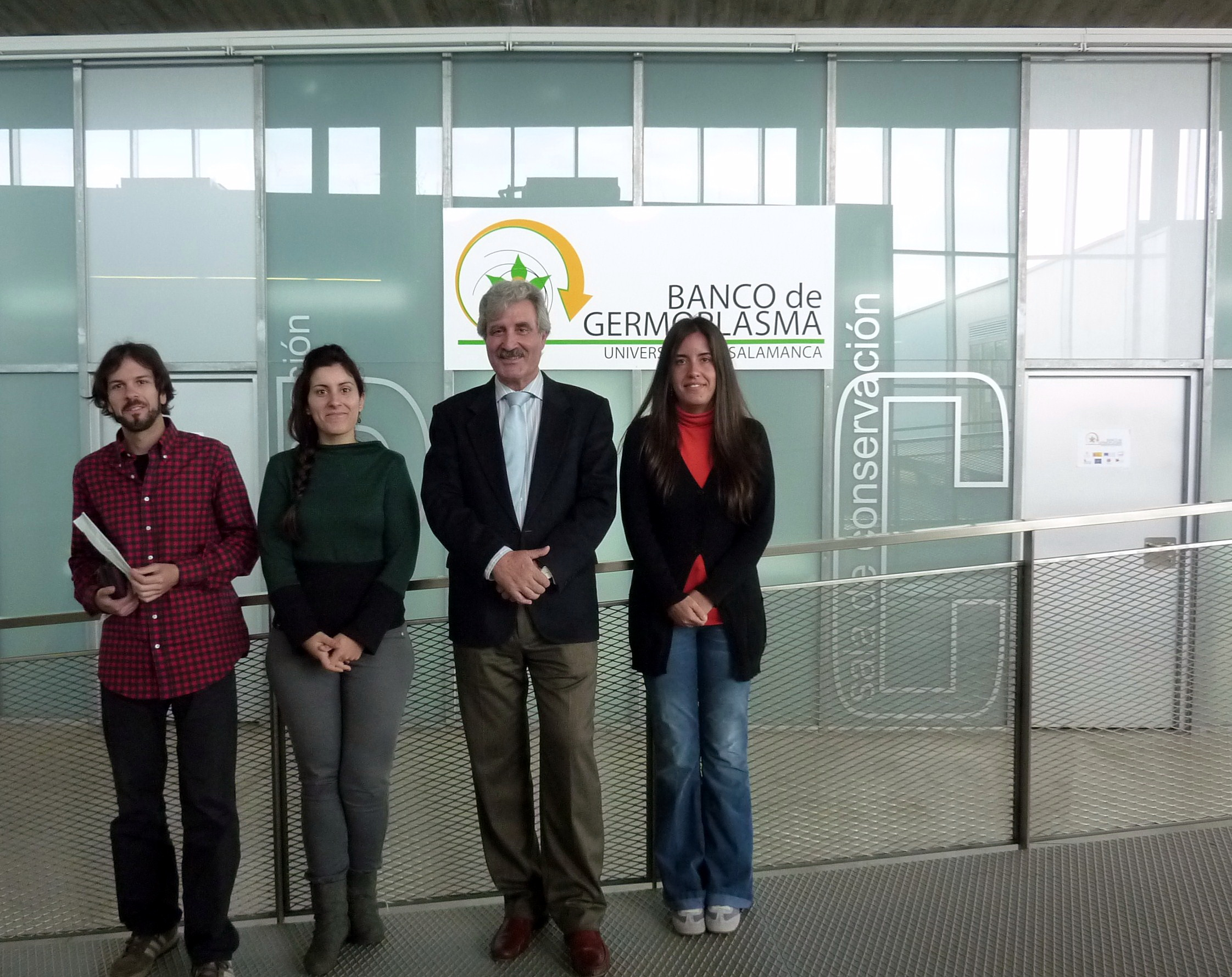 Científicos de la Universidad de Salamanca desarrollan un estudio pionero en España para mejorar la producción de vino ecológico