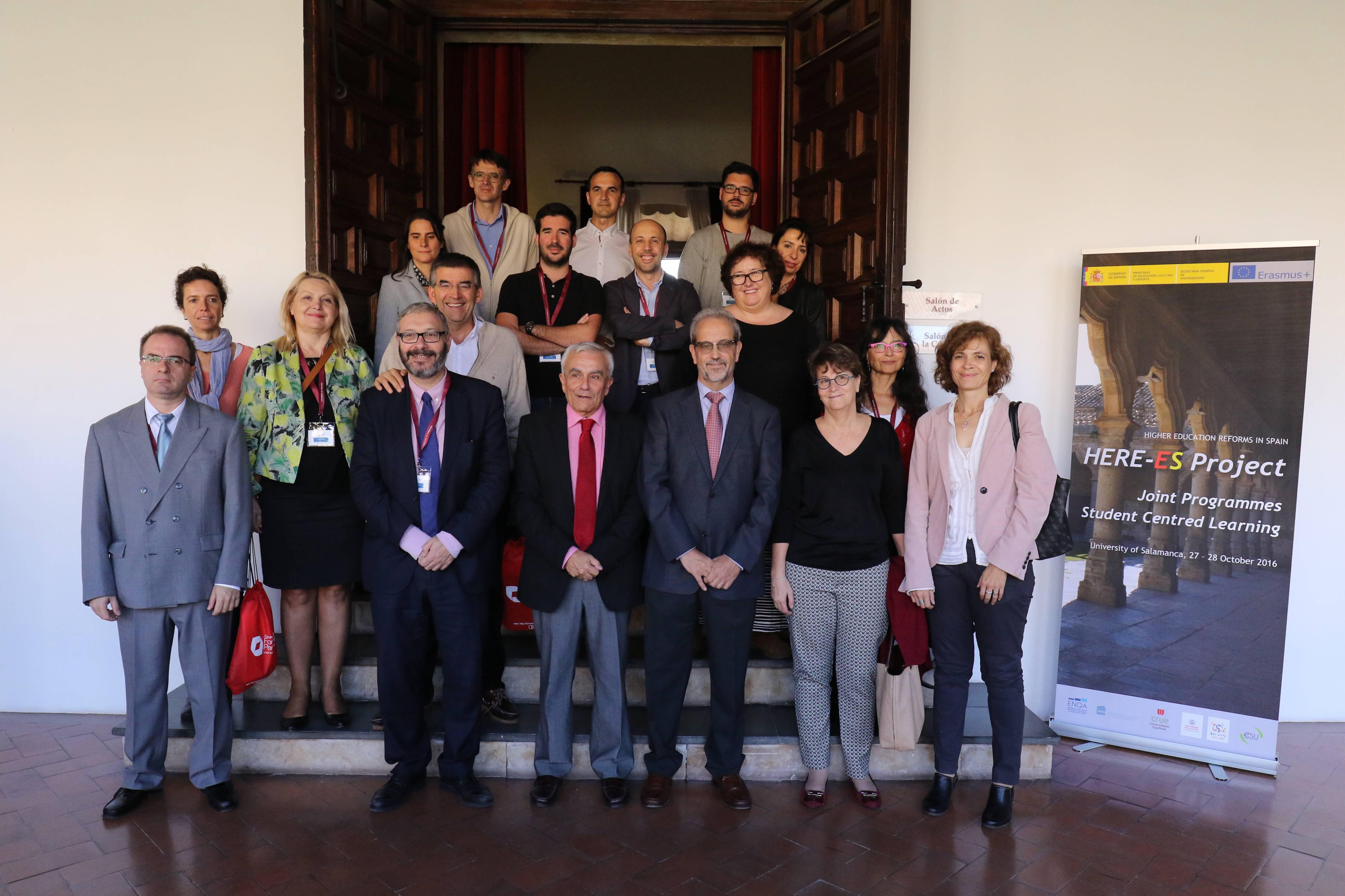 El rector de la Universidad de Salamanca clausura el congreso final del proyecto 'HERE-ES'