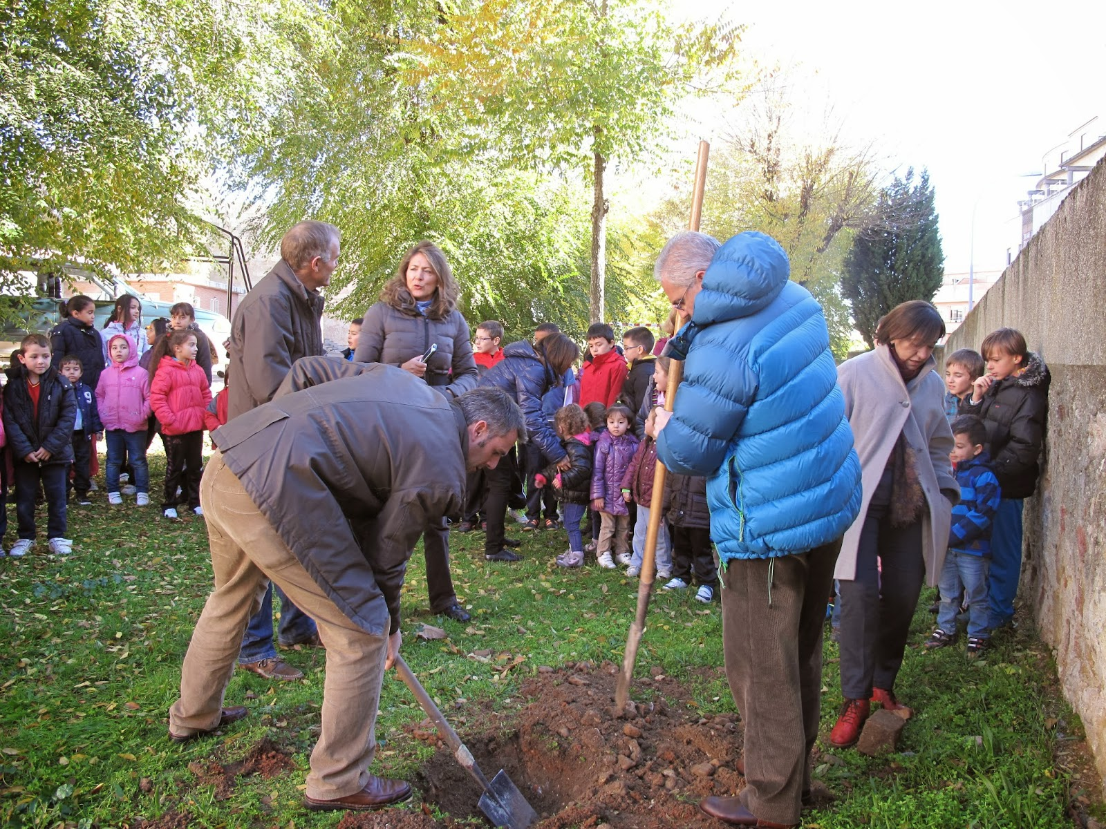 La Universidad de Salamanca pone en marcha un proyecto piloto de creación de una red de huertos escolares comunitarios