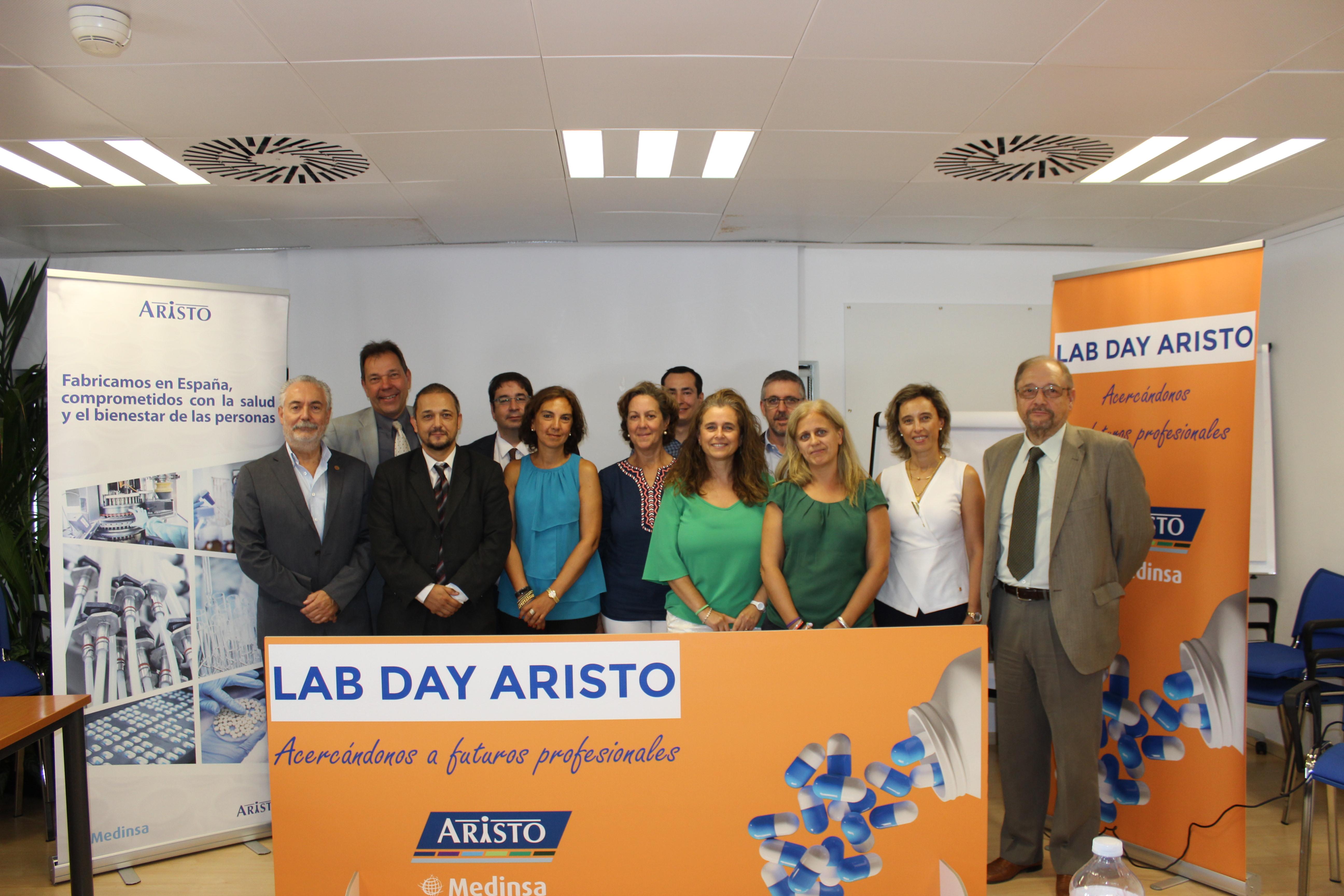 La Facultad de Farmacia de la Universidad de Salamanca firma un convenio con el laboratorio Aristo Pharma para participar en la iniciativa 'Lab Day'