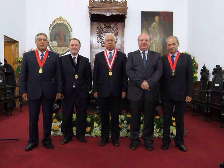 Manuel Carlos Palomeque, catedrático emérito de la Universidad de Salamanca, doctor honoris causa por la Universidad Nacional de Trujillo