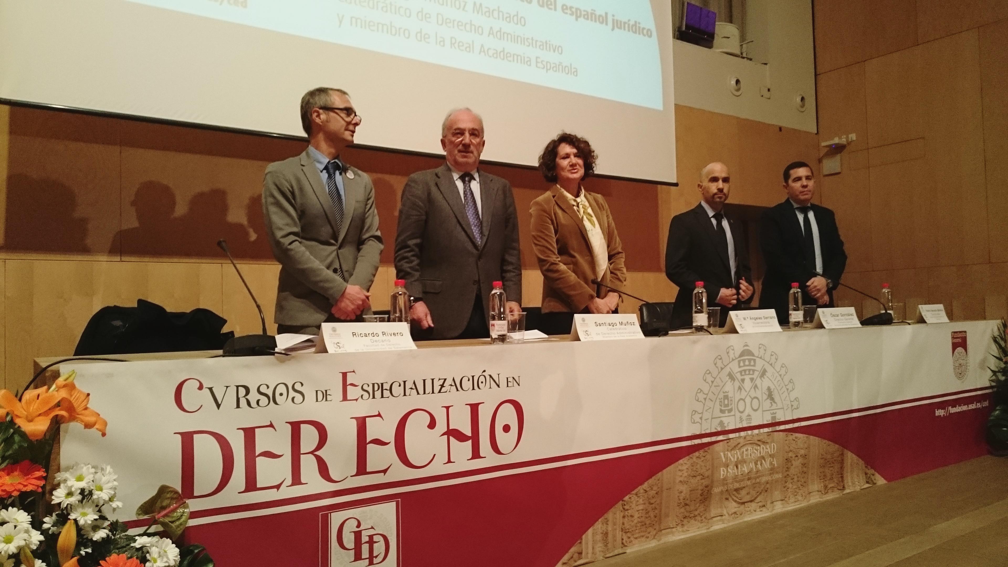 La vicerrectora de Internacionalización y el director de la Fundación General inauguran la 40ª edición de los Cursos de Especialización en Derecho de la Universidad de Salamanca