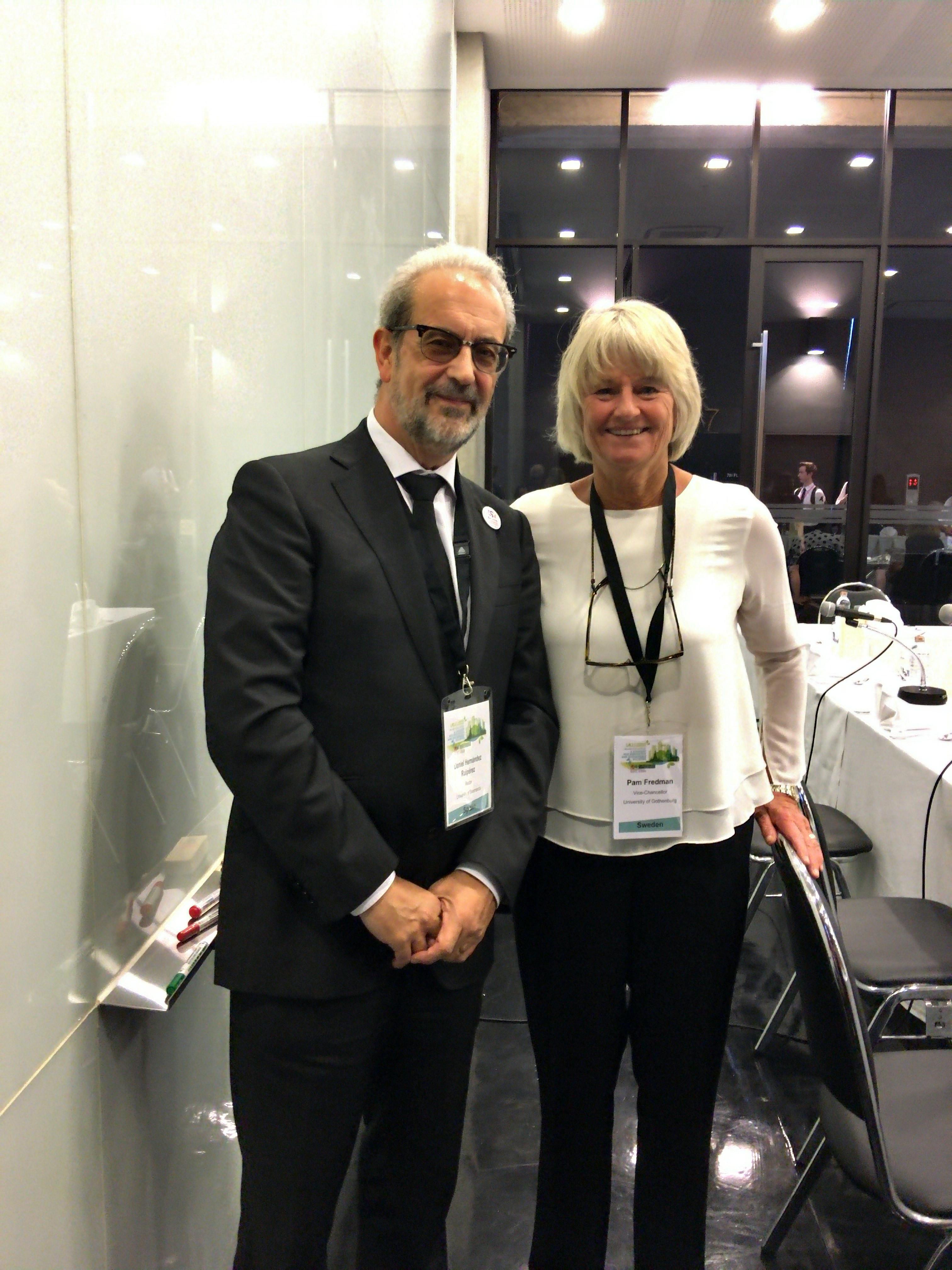 El rector de la Universidad de Salamanca, reelegido miembro del Consejo de Administración de la Asociación Internacional de Universidades