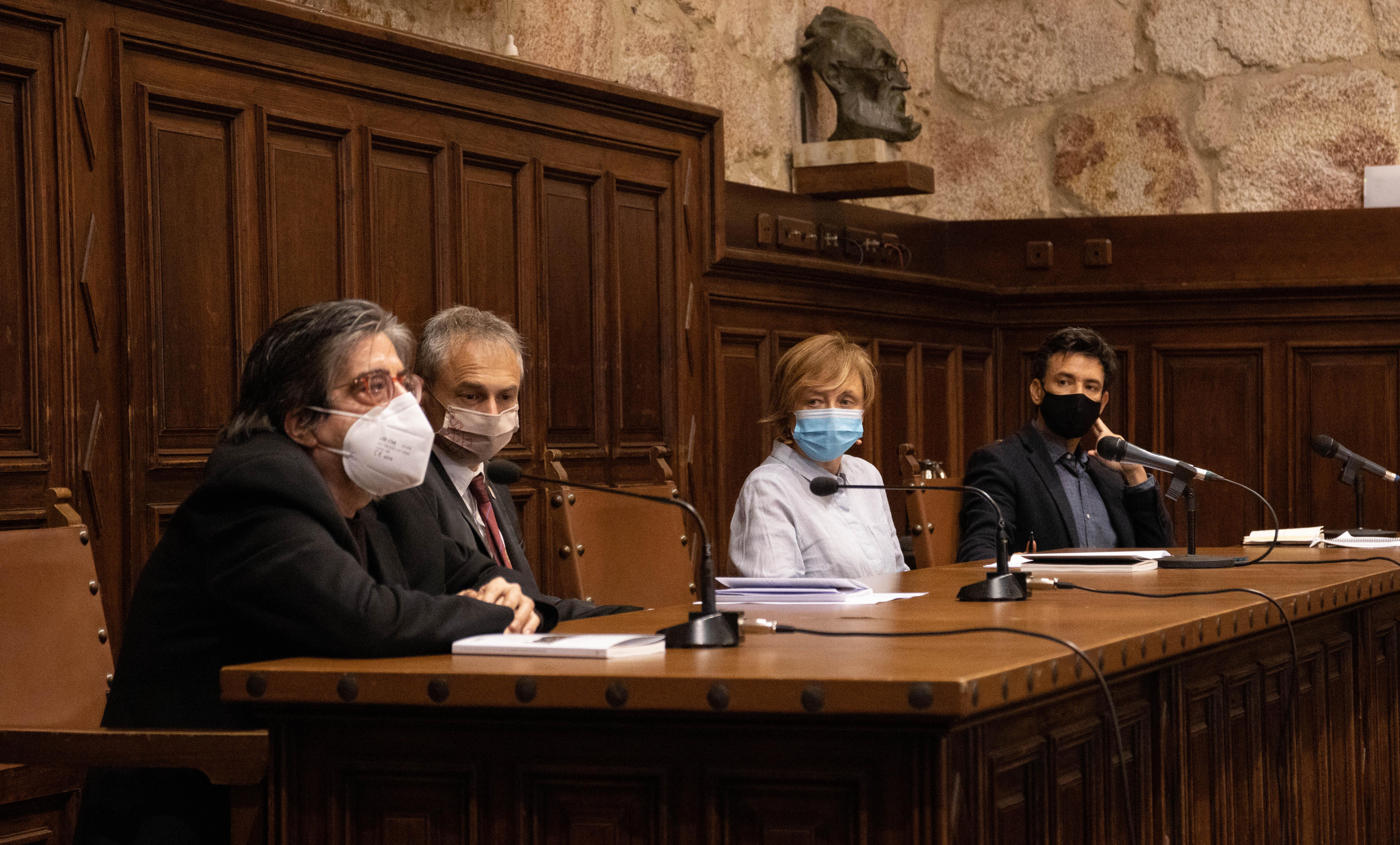 Luis G. Jambrina, Ricardo Rivero, Ana Chaguaceda y Manuel Menchón en la presentación del libro 'La doble muerte de Unamuno'