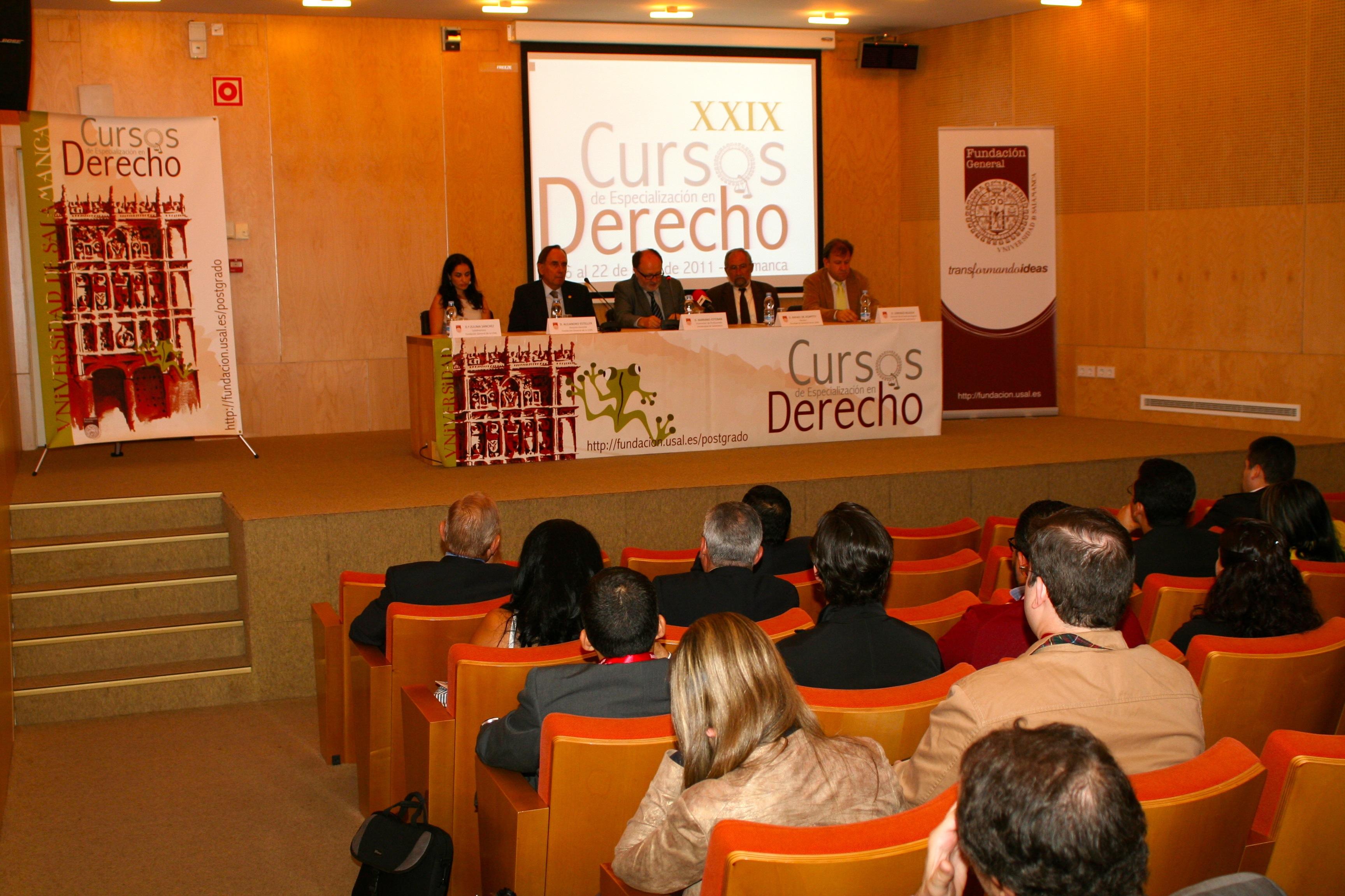 Inauguración de los XXIX Cursos de Especialización en Derecho de la Universidad de Salamanca