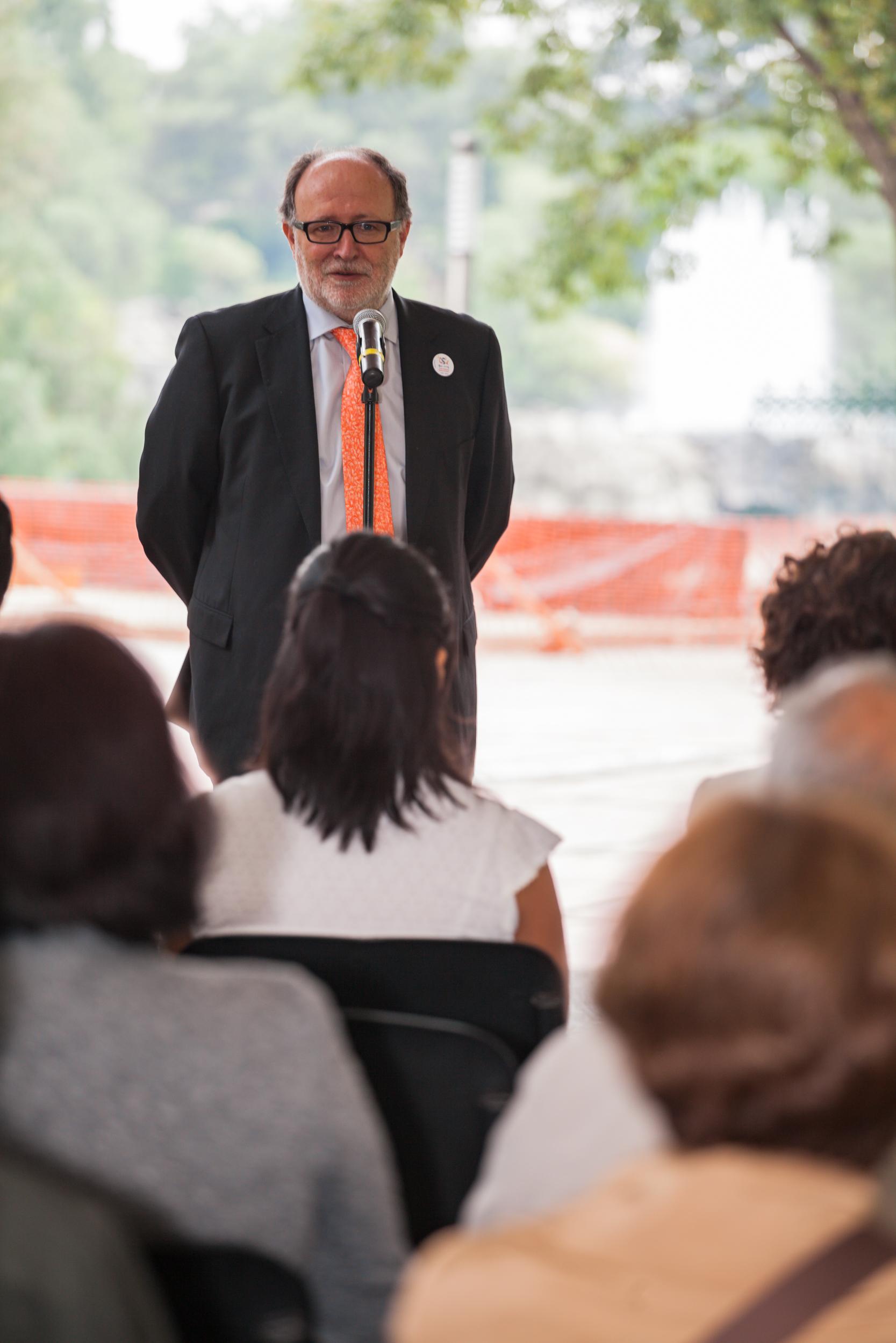 Mariano Esteban, durante el acto de entrega de premios.