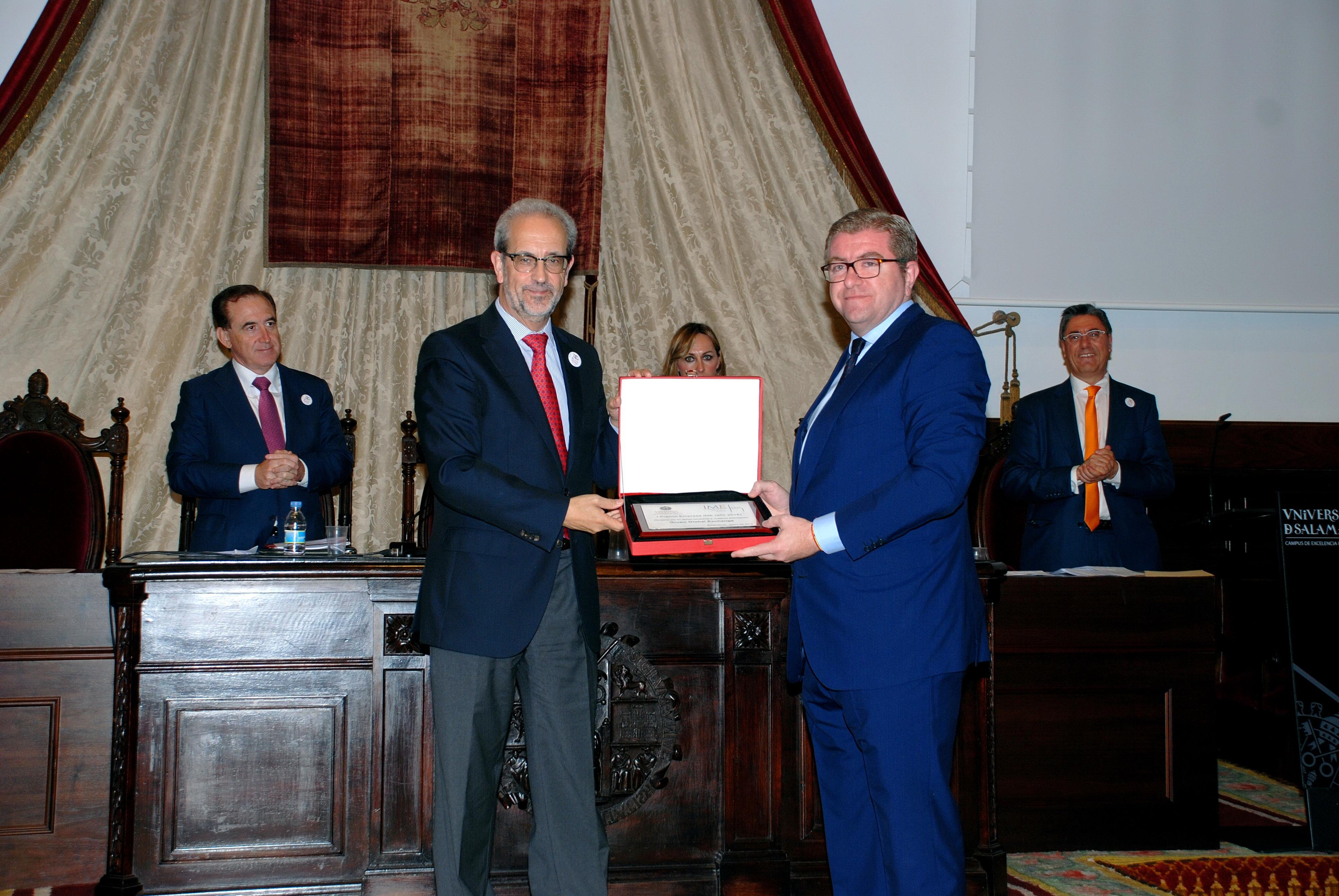El rector, Daniel Hernández Ruipérez, preside el 'Día de la Empresa' en la Universidad de Salamanca