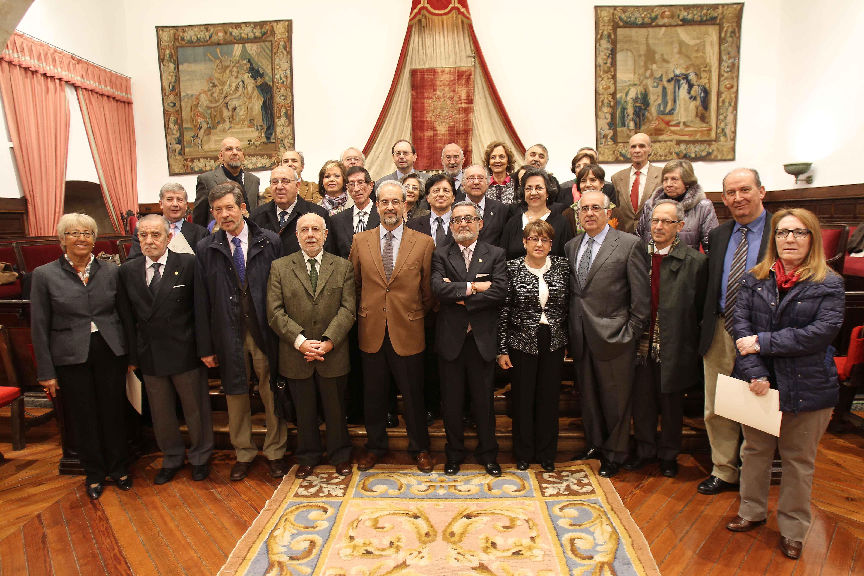 El rector preside el acto de homenaje al personal docente e investigador que alcanza la jubilación este curso