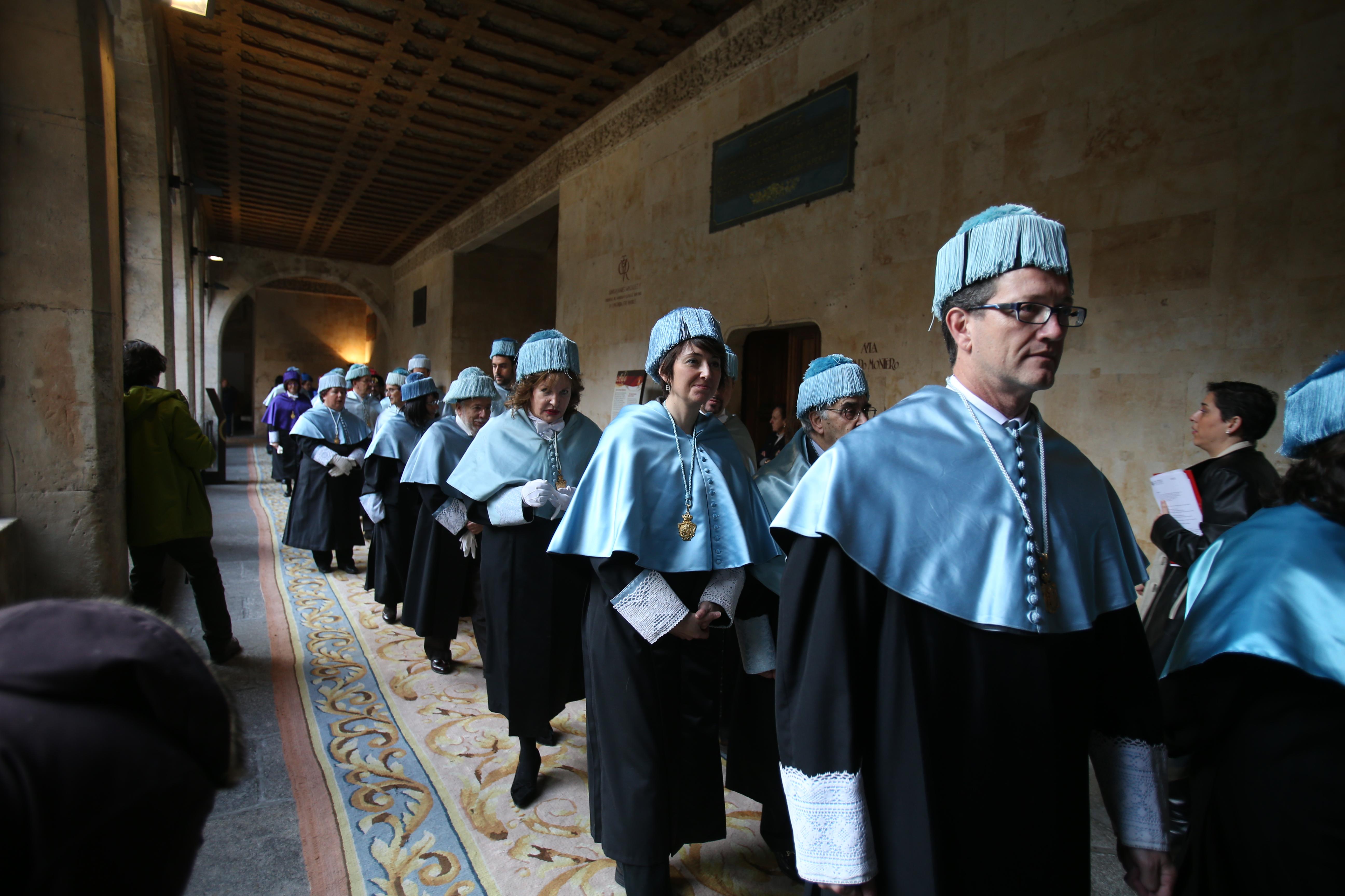 Plácido Domingo reivindica la presencia de la música en todos los niveles de la Educación al recibir el doctorado honoris causa por la Universidad de Salamanca