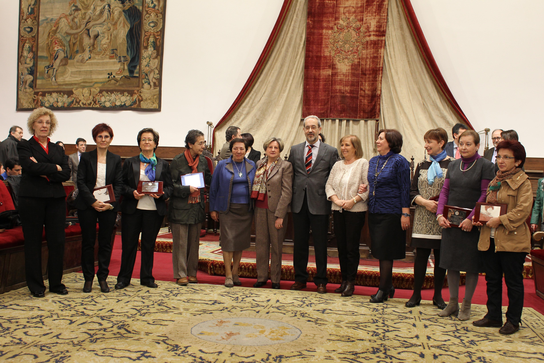 El Paraninfo acoge el acto de entrega de distinciones al Personal de Administración y Servicios de la Universidad de Salamanca