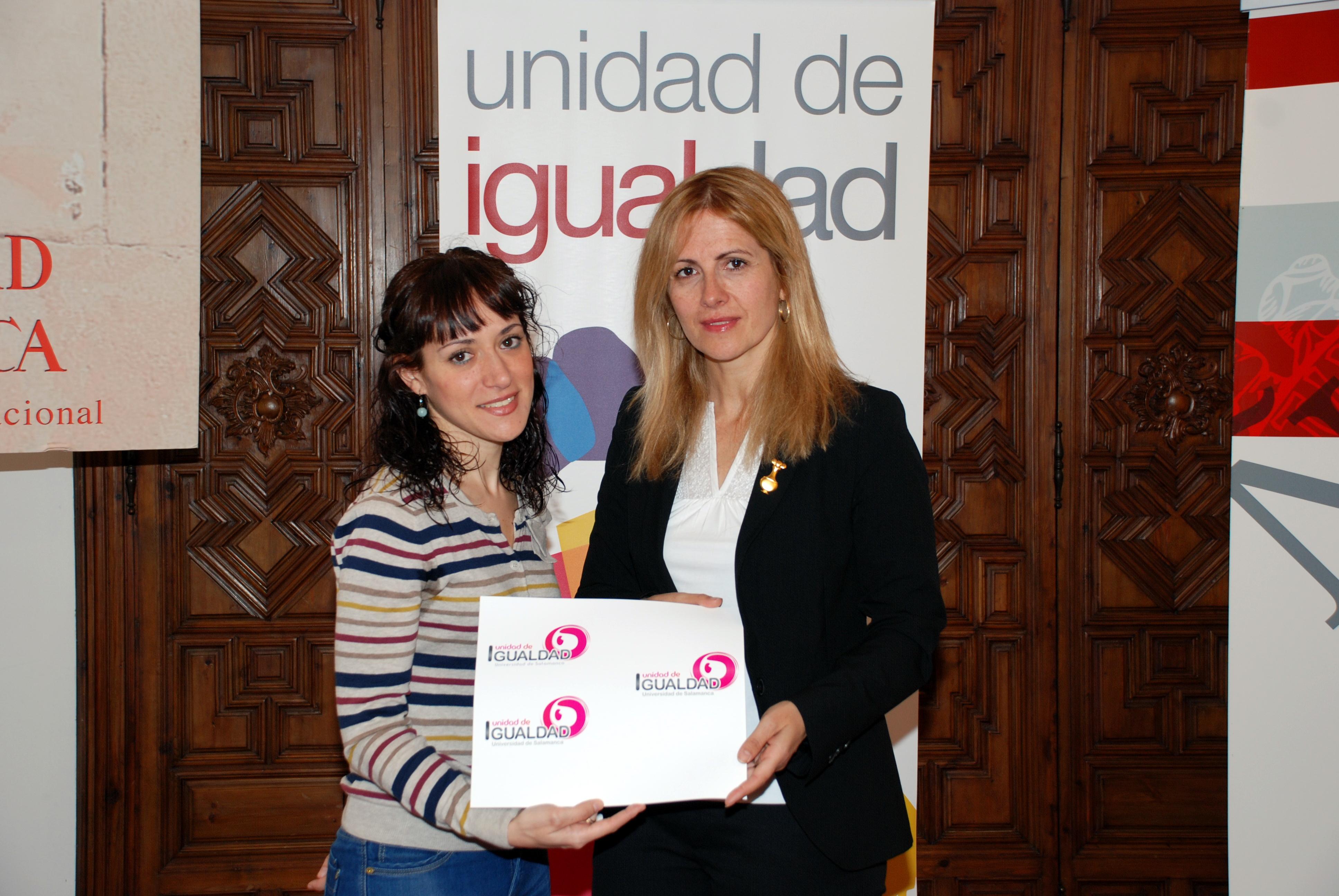 La Unidad de Igualdad entrega el premio de su concurso de imagen pública