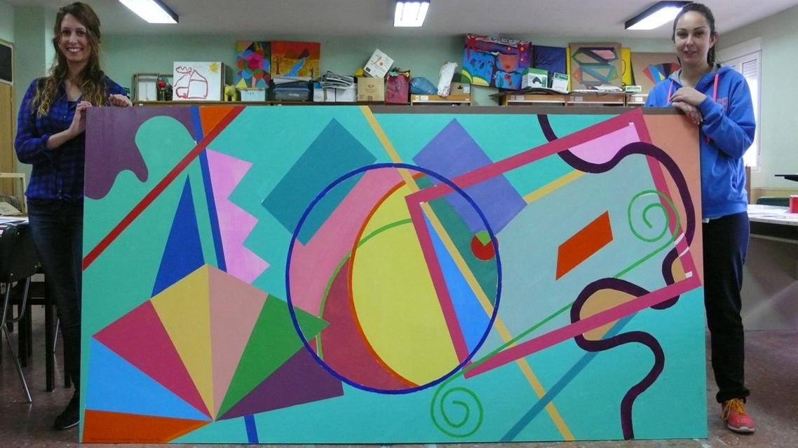 Alumnos de la E.U. de Educación y Turismo de Ávila realizan una intervención artística en la Fundación Pronisa