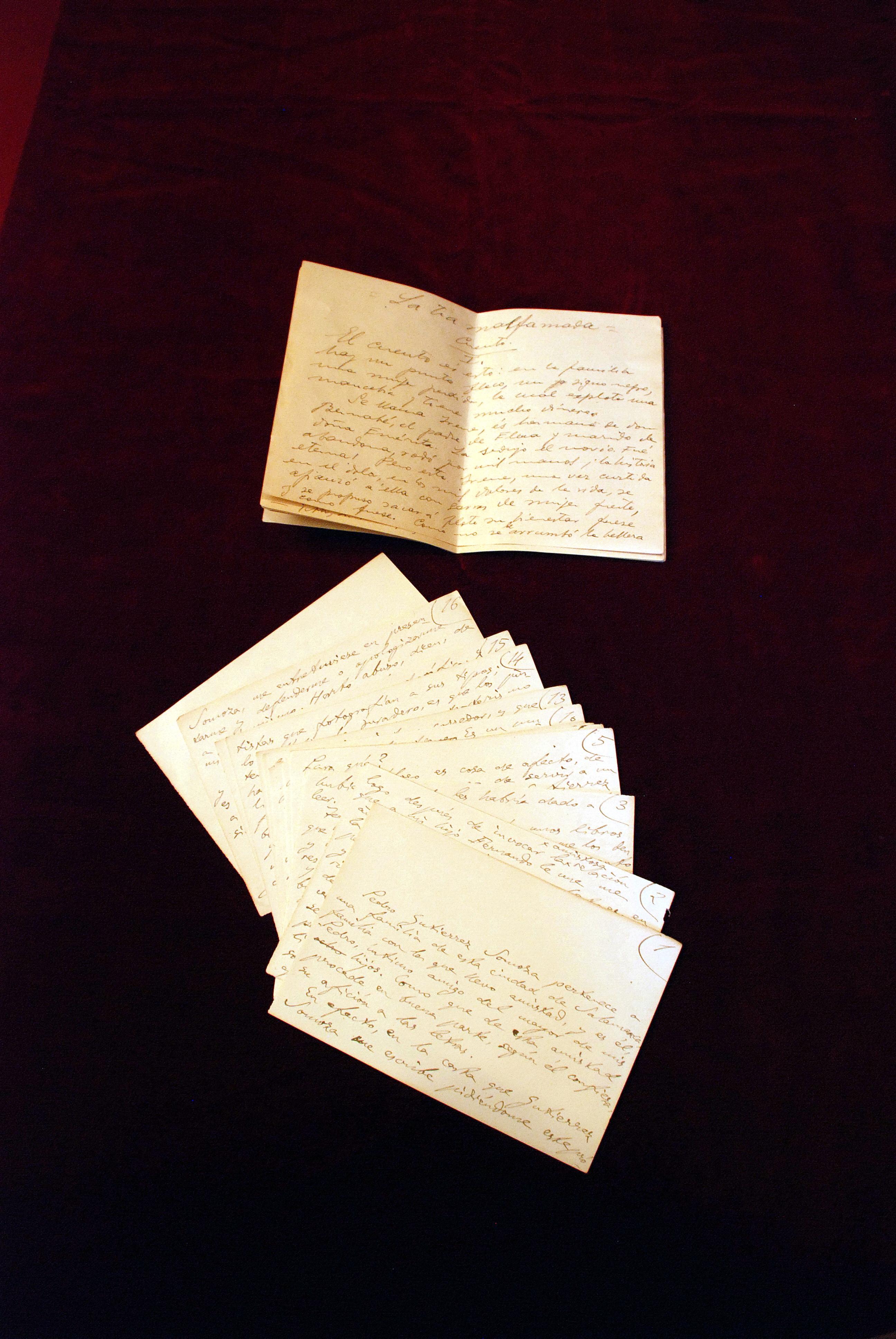 La Casa-Museo Unamuno recibe la donación de dos manuscritos autógrafos del exrector y del fotógrafo costumbrista Gutiérrez Somoza