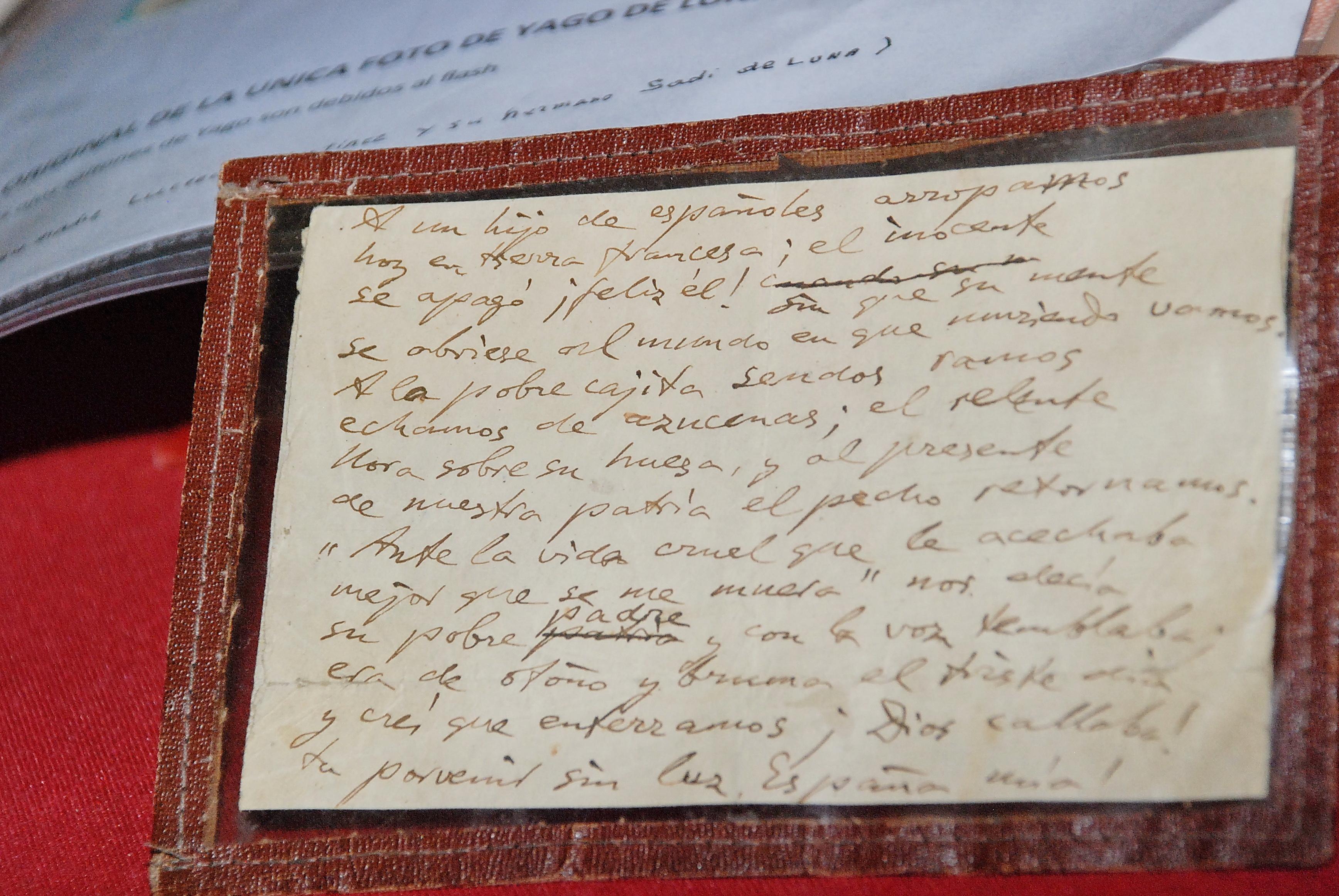 La familia Luna entrega a la Casa Museo Unamuno un manuscrito del escritor y exrector de la Universidad de Salamanca