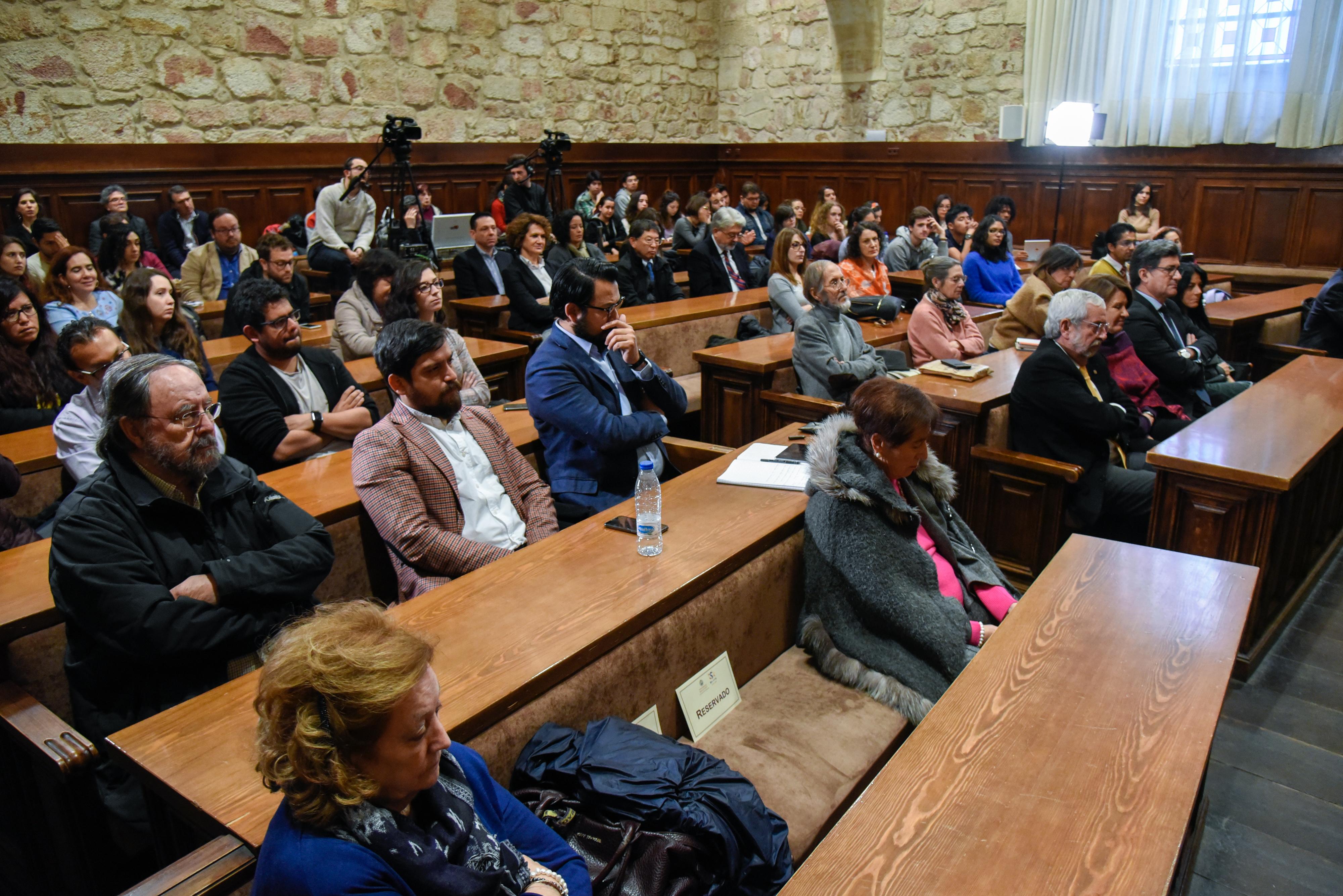 Los escritores Volpi, Jambrina y Noguerol participan en el 'Conversatorio de literatura' dentro de la Semana de la UNAM en la Universidad de Salamanca