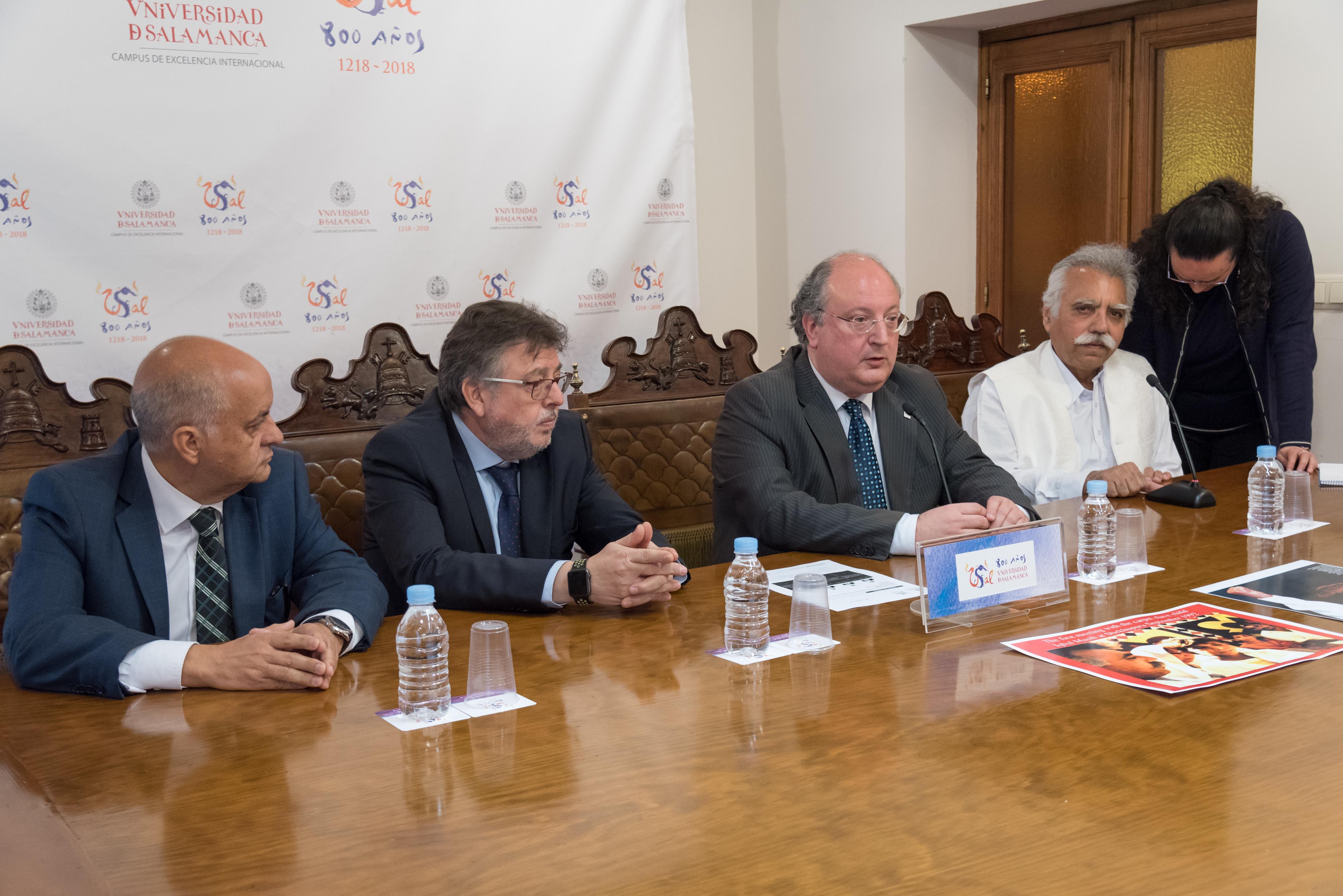 El activista pakistaní Muhammad Ehsan Ullah Khan visita la Universidad de Salamanca con motivo del Día Mundial contra la Esclavitud Infantil