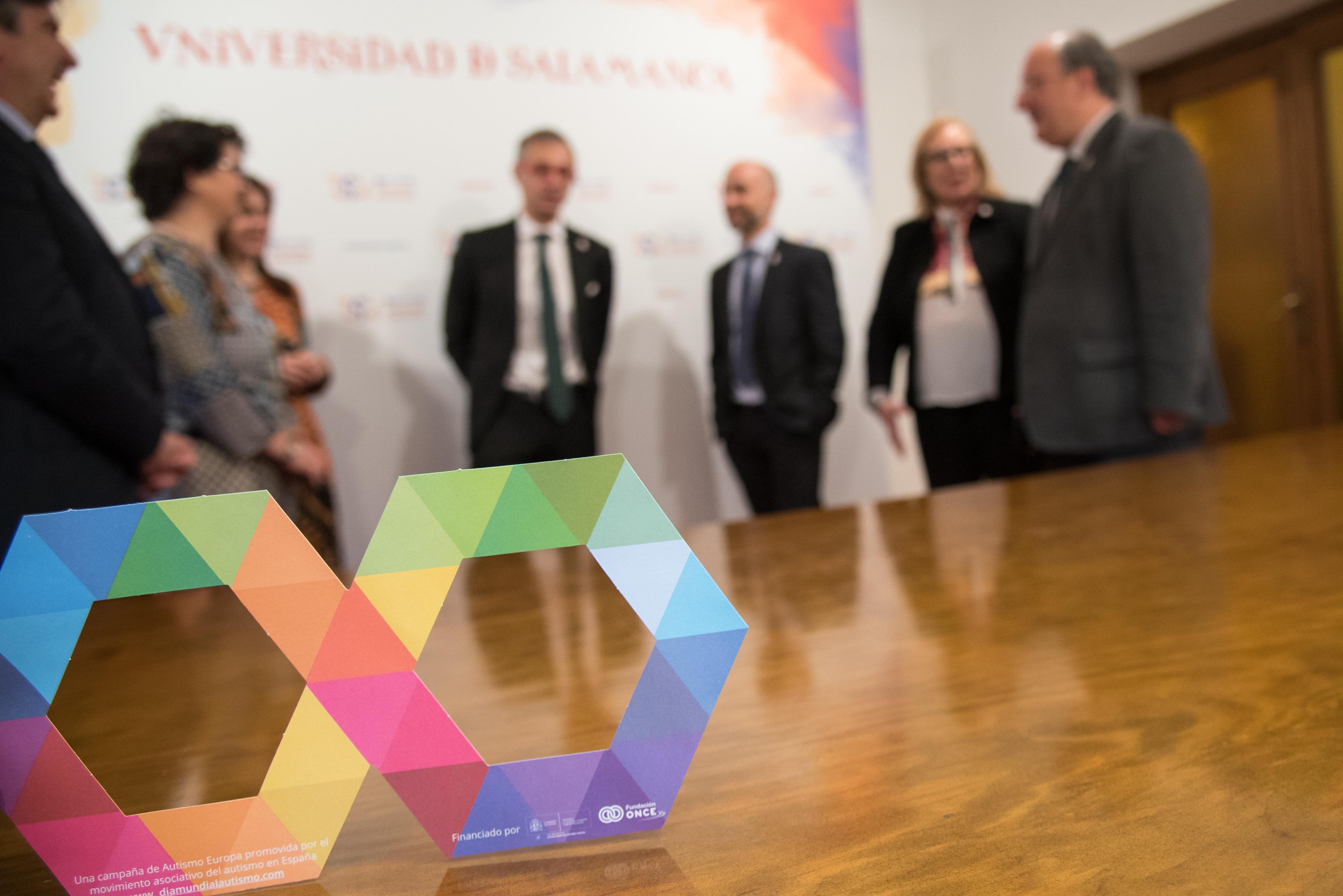 La Universidad de Salamanca se suma al Día Mundial de Concienciación sobre el Autismo