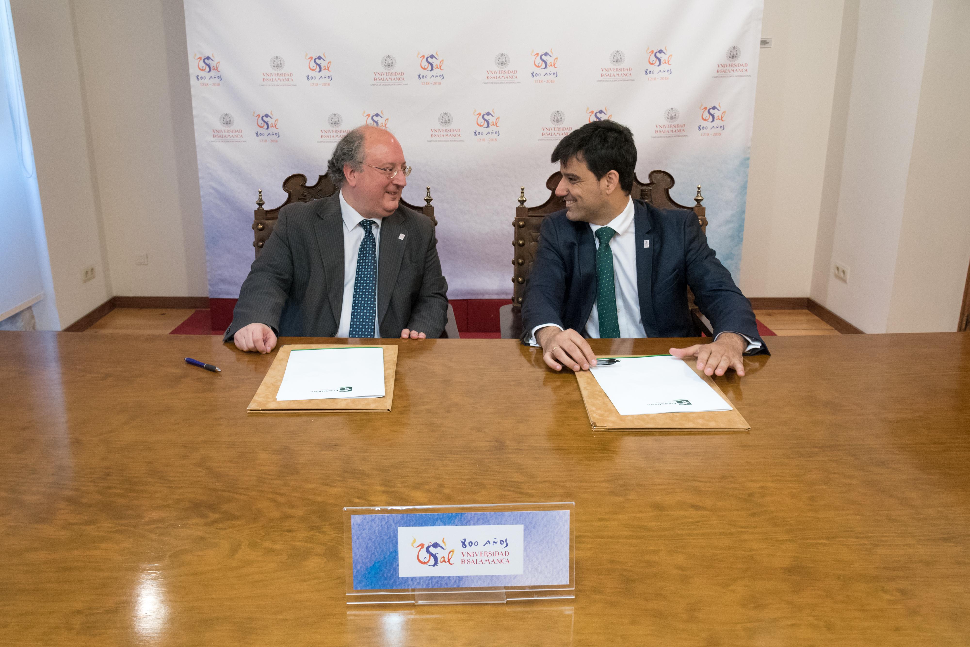 La Universidad de Salamanca y EspañaDuero firman un acuerdo de colaboración con motivo del VIII Centenario