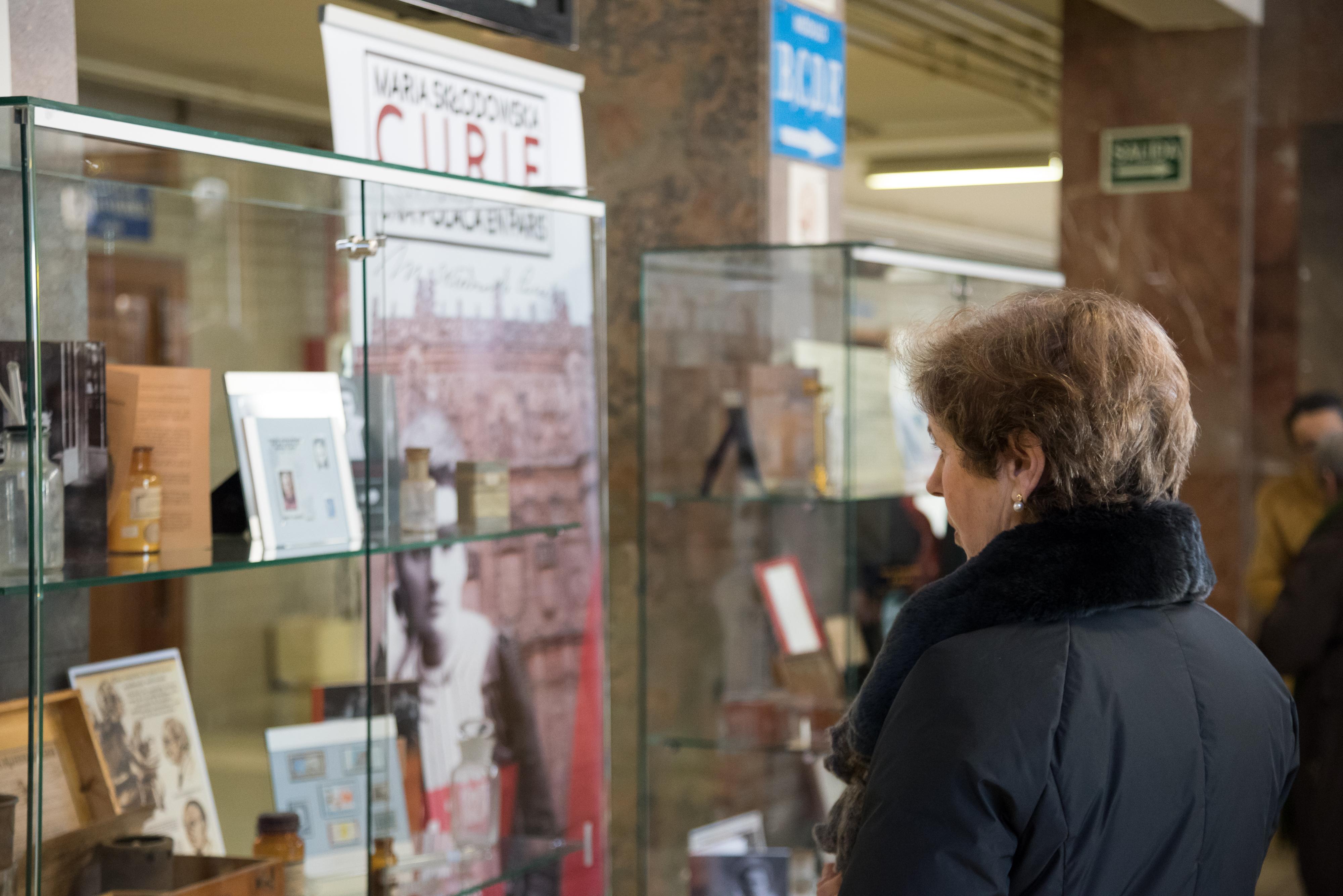 La Universidad de Salamanca acerca al gran público la figura y logros científicos de Marie Curie