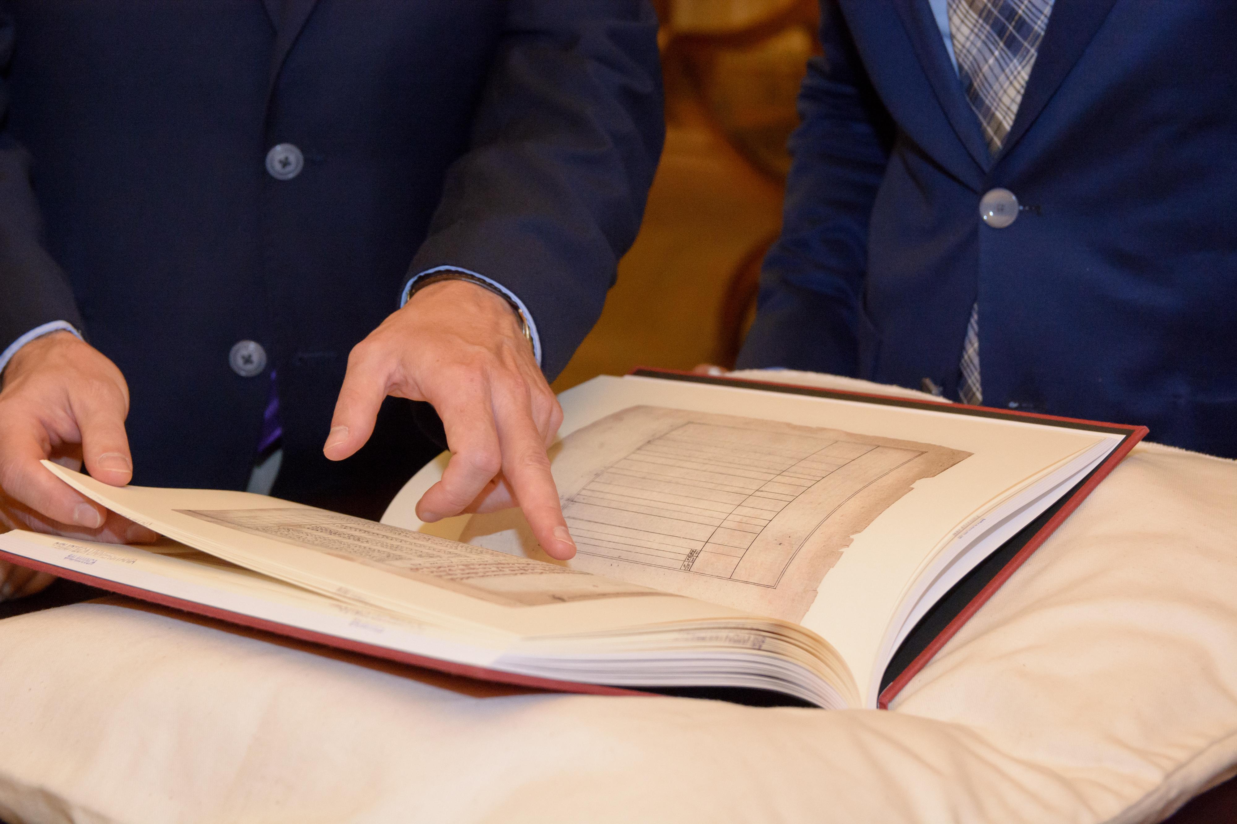 Las universidades de Salamanca y la Nacional Autónoma de México reeditan un manuscrito clave en los descubrimientos marítimos del siglo XVI