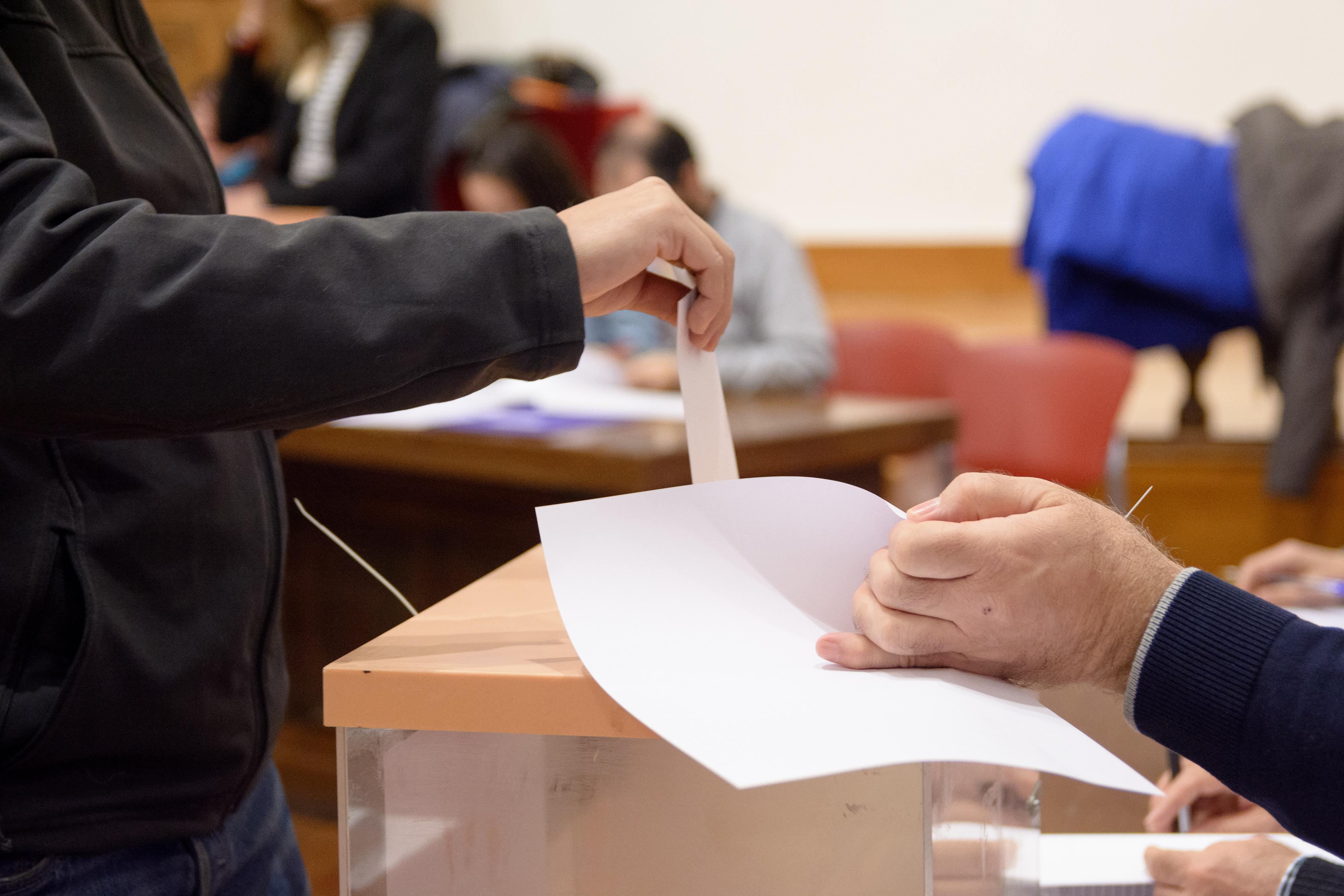 Elecciones a rector