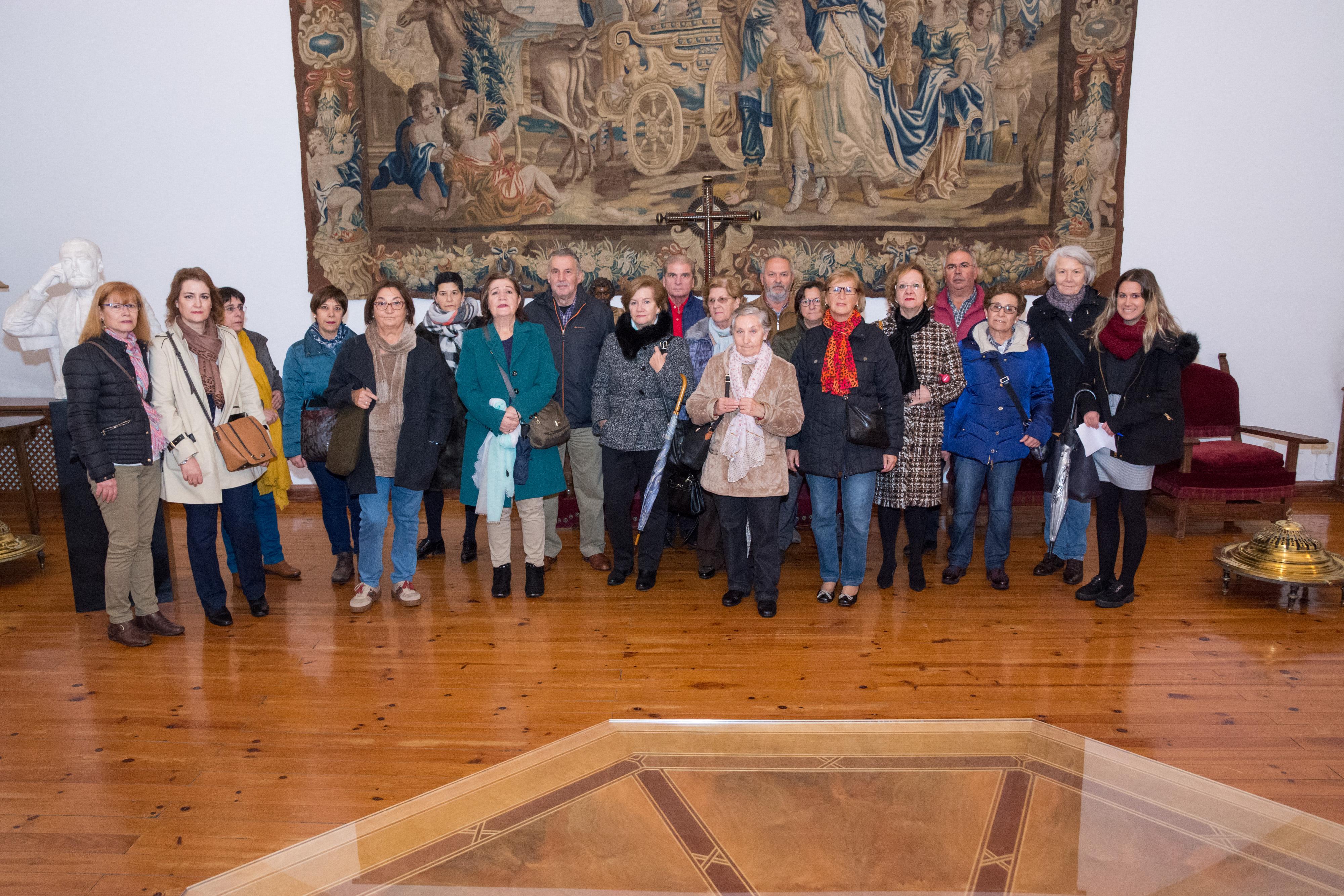 Los alumnos de la Universidad de la Experiencia en Salamanca visitan la Casa-Museo Unamuno