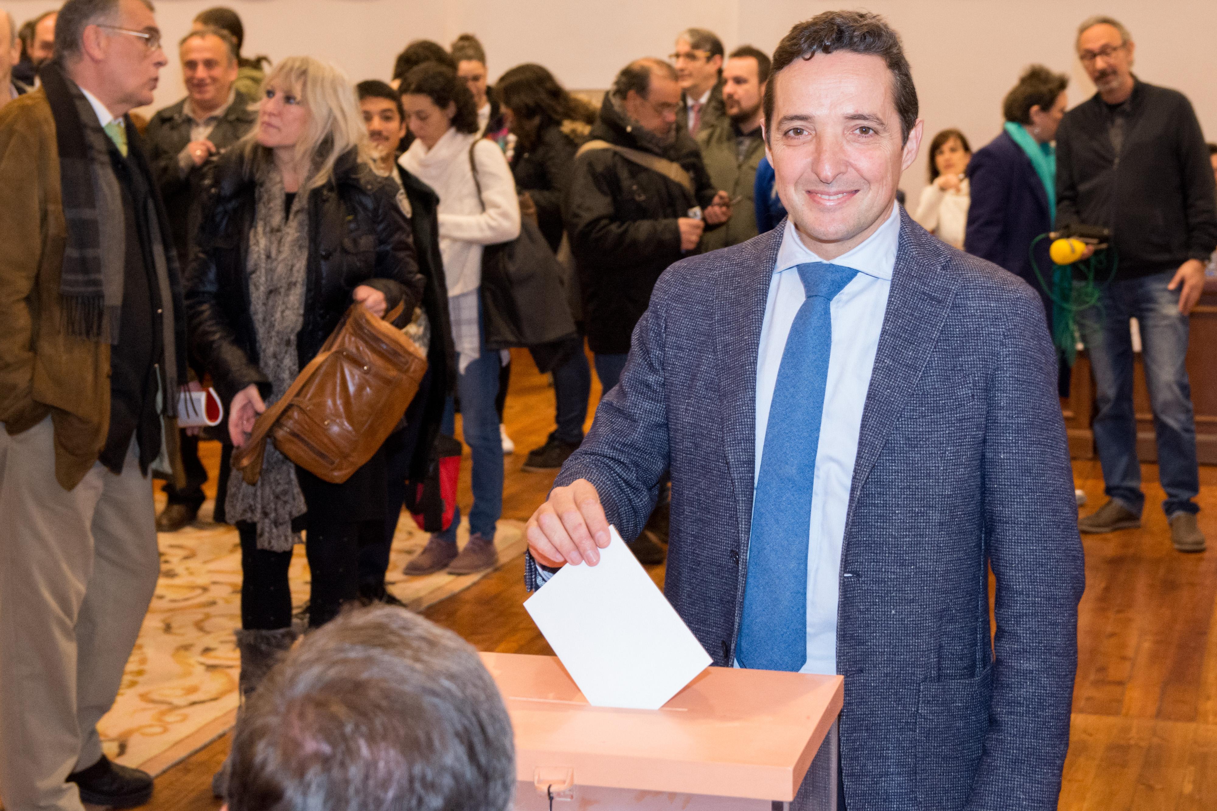 Ricardo Rivero, elegido nuevo rector de la Universidad de Salamanca