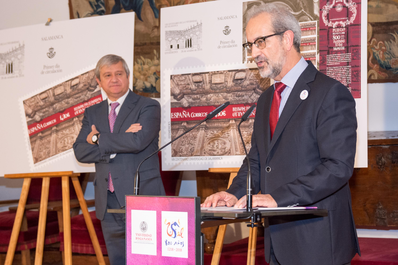 Ochocientos años de historia en un sello de CORREOS alusivo a la Universidad de Salamanca