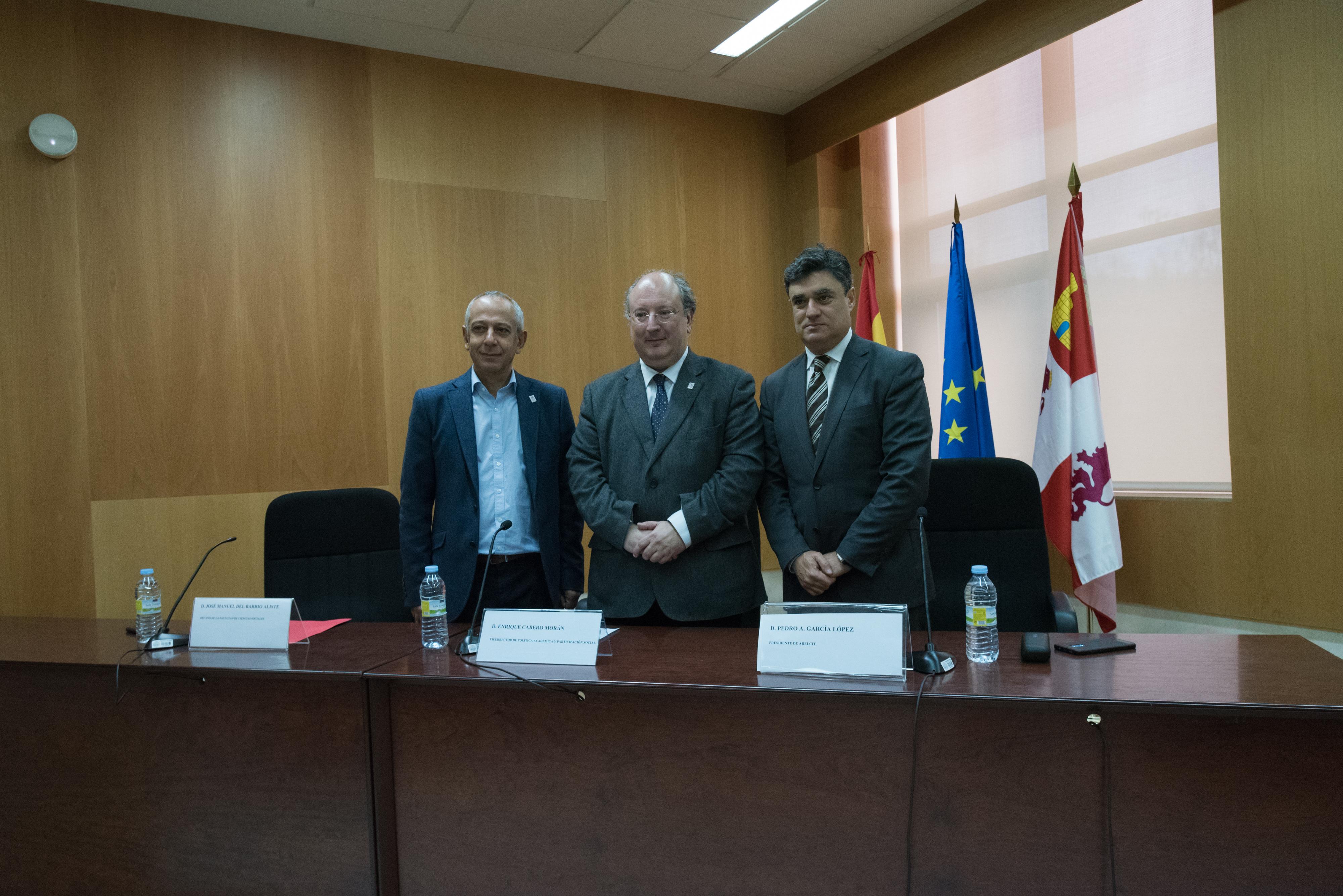 La Facultad de Ciencias Sociales acoge el 'Encuentro de la Asociación de Centros Universitarios de Relaciones Laborales y Ciencias del Trabajo'