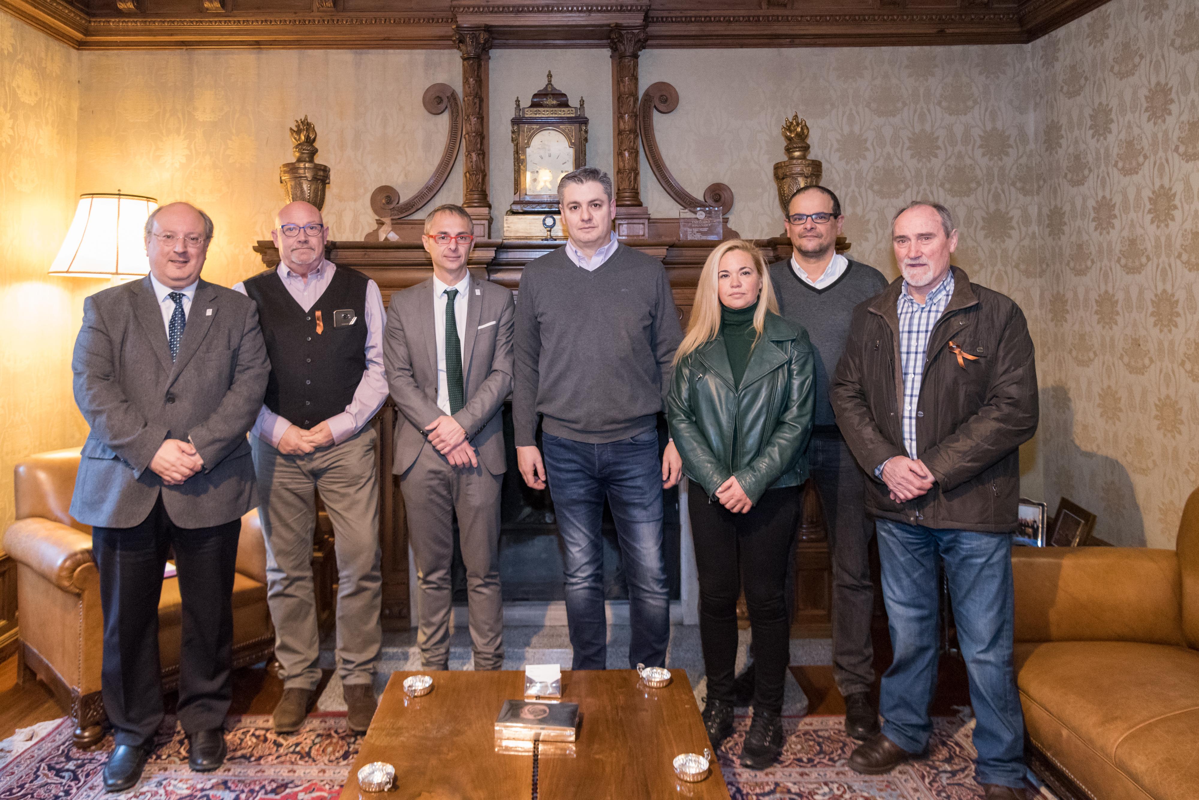 El rector de la Universidad de Salamanca recibe al consejo provincial de UGT