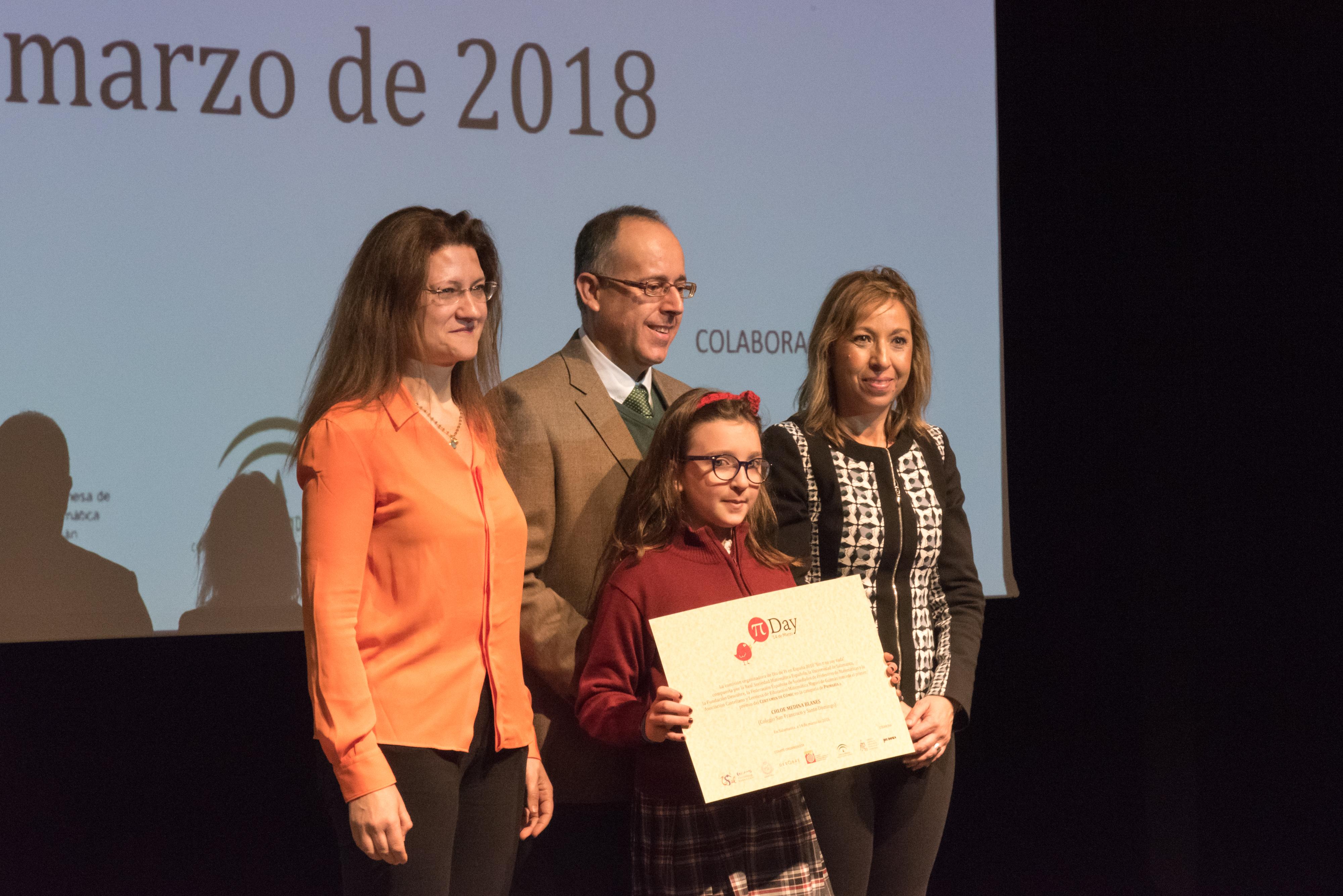 Centenares de estudiantes de primaria y secundaria asisten en la Universidad de Salamanca al evento central de la celebración del Día π en España