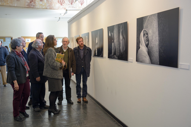 El Centro de Estudios Ibéricos inaugura dos exposiciones de fotografía en la Facultad de Geografía e Historia