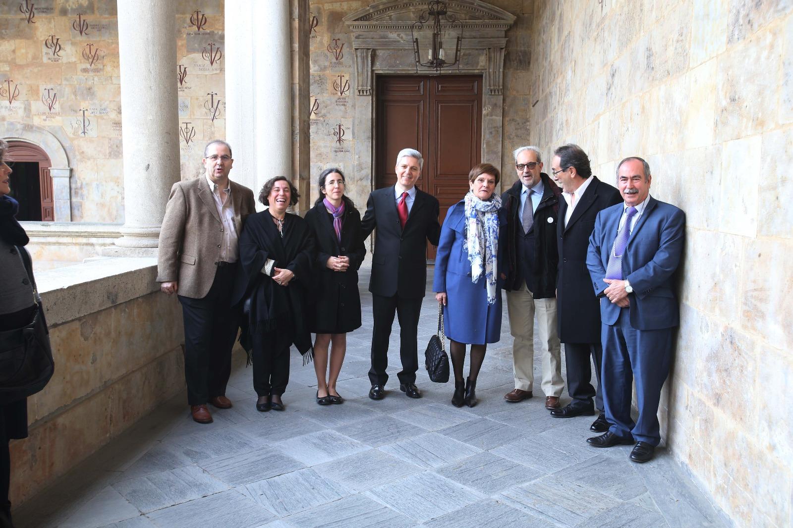 La Facultad de Filología homenajea por su jubilación a los catedráticos de Griego José Antonio Fernández Delgado y Francisca Pordomingo