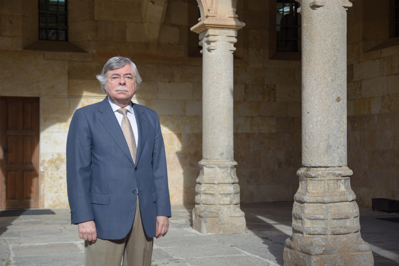 Román Álvarez, nuevo delegado del rector para las Relaciones con Patrimonio Nacional