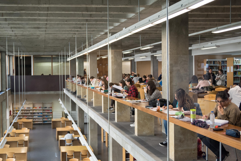 La Universidad de Salamanca matricula a 3.293 estudiantes que iniciarán sus estudios superiores el próximo curso