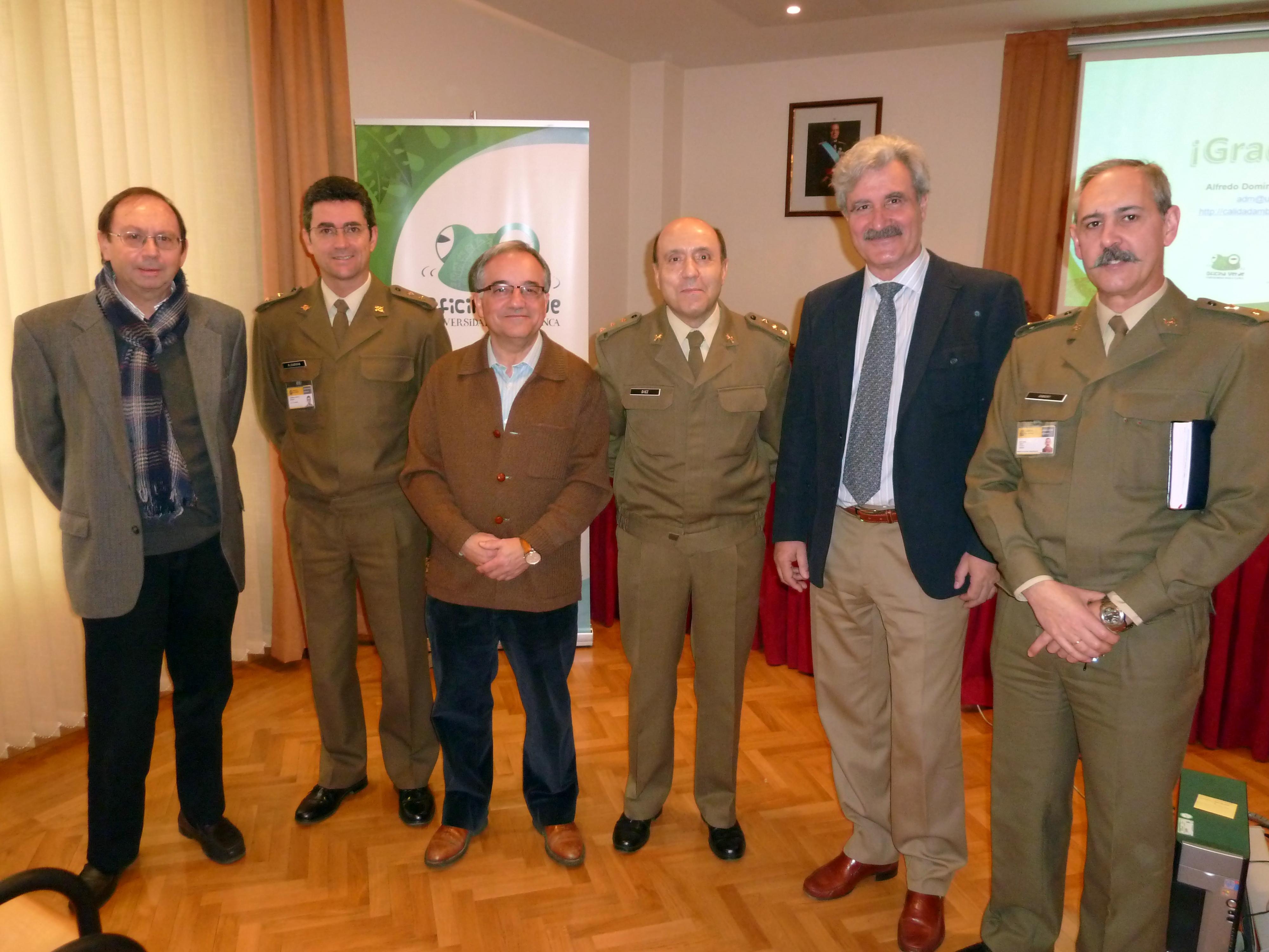 """La Oficina Verde ofrece una charla-coloquio en la Subdelegación de Defensa de Salamanca sobre """"Buenas prácticas en oficinas""""."""