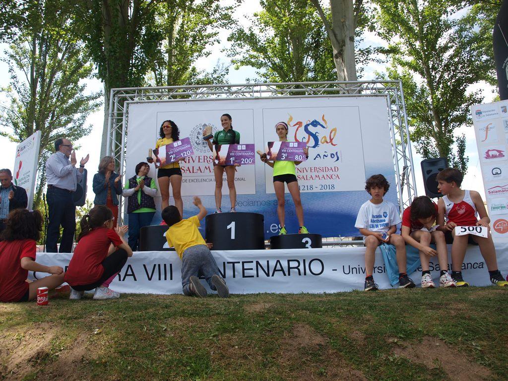 El III Circuito de Carreras Populares 'VIII Centenario de la Universidad de Salamanca' muestra su solidaridad con la Asociación del Parkinson Salamanca
