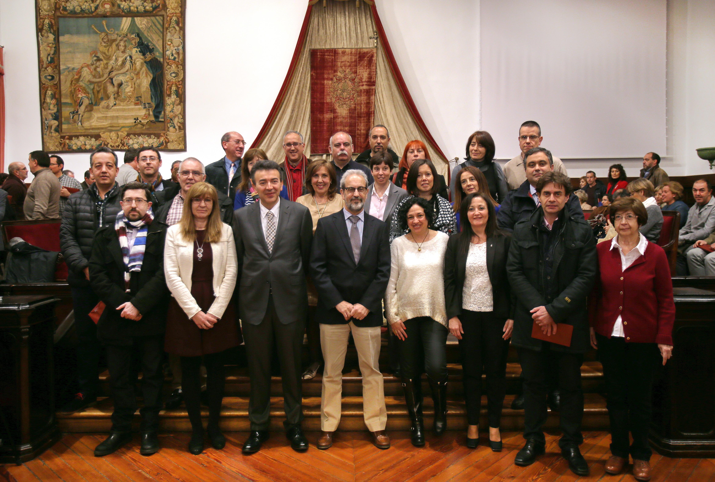 La Universidad de Salamanca entrega sus distinciones a 110 miembros del Personal de Administración y Servicios
