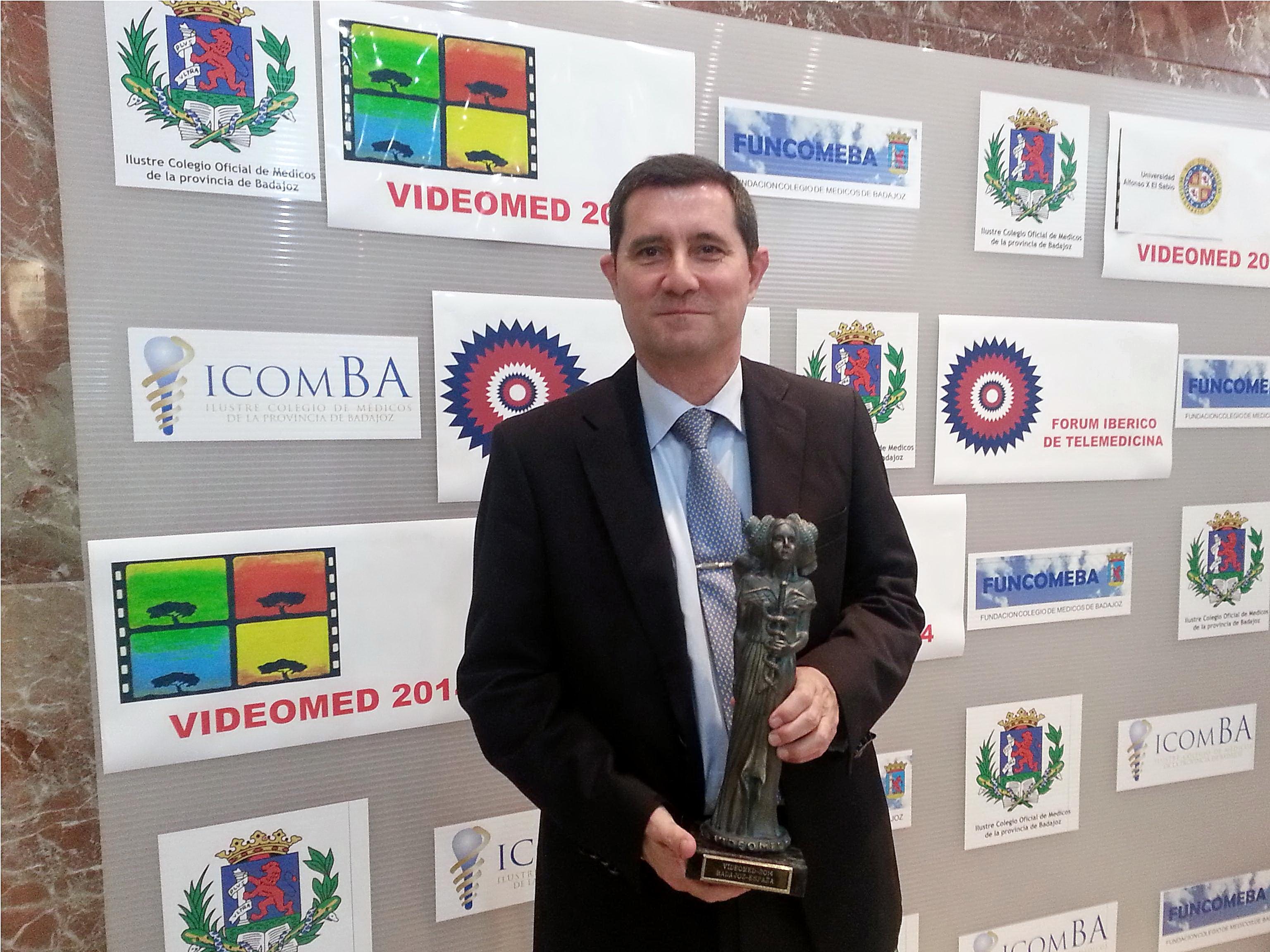 La Universidad de Salamanca recibe el Premio Videomed 2014 en el XIX Certamen Internacional de Cine Médico.