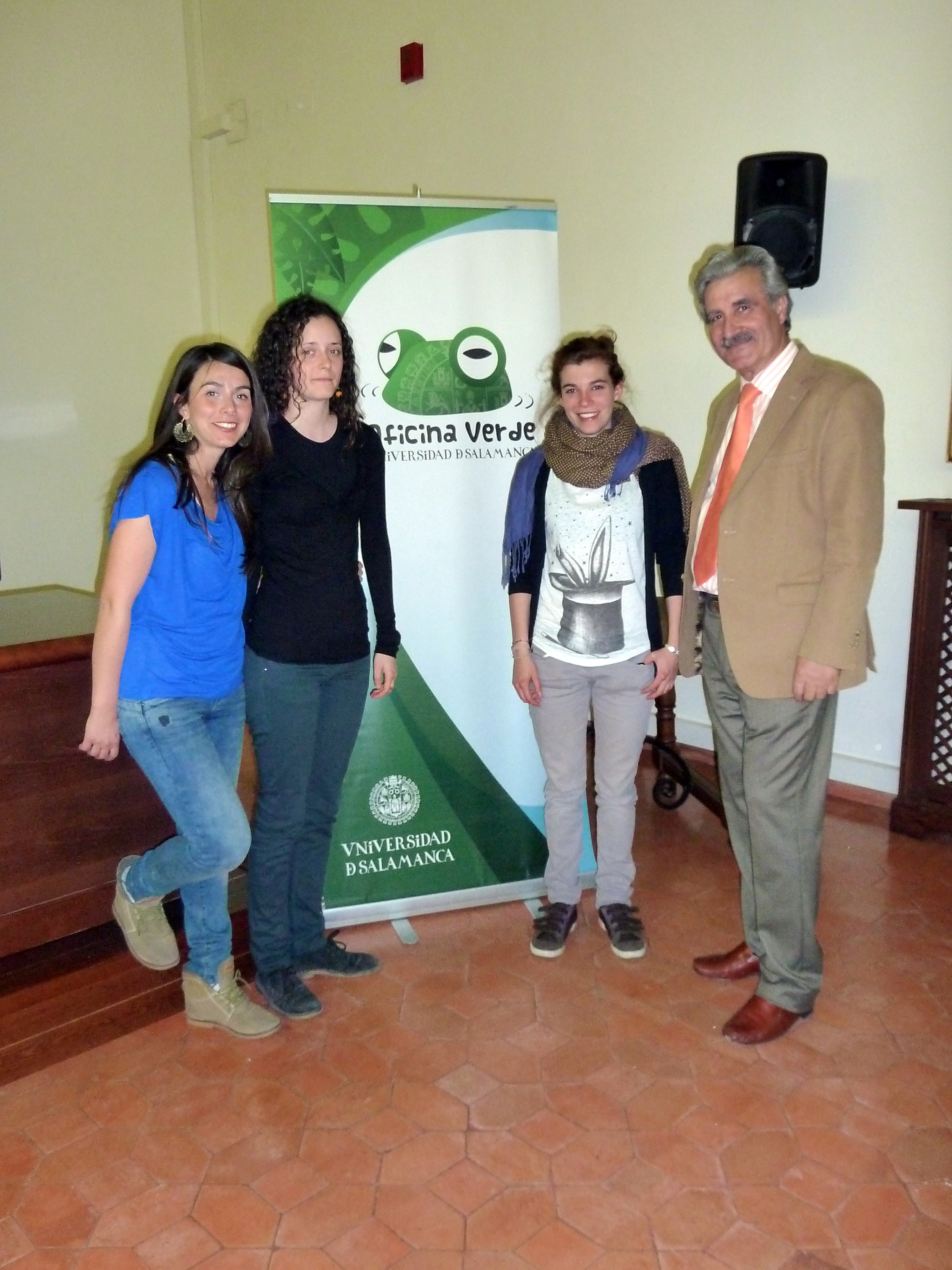 La Oficina Verde de la Universidad de Salamanca entrega los premios 'Eslogan de ahorro energético' y 'Bici-Call'